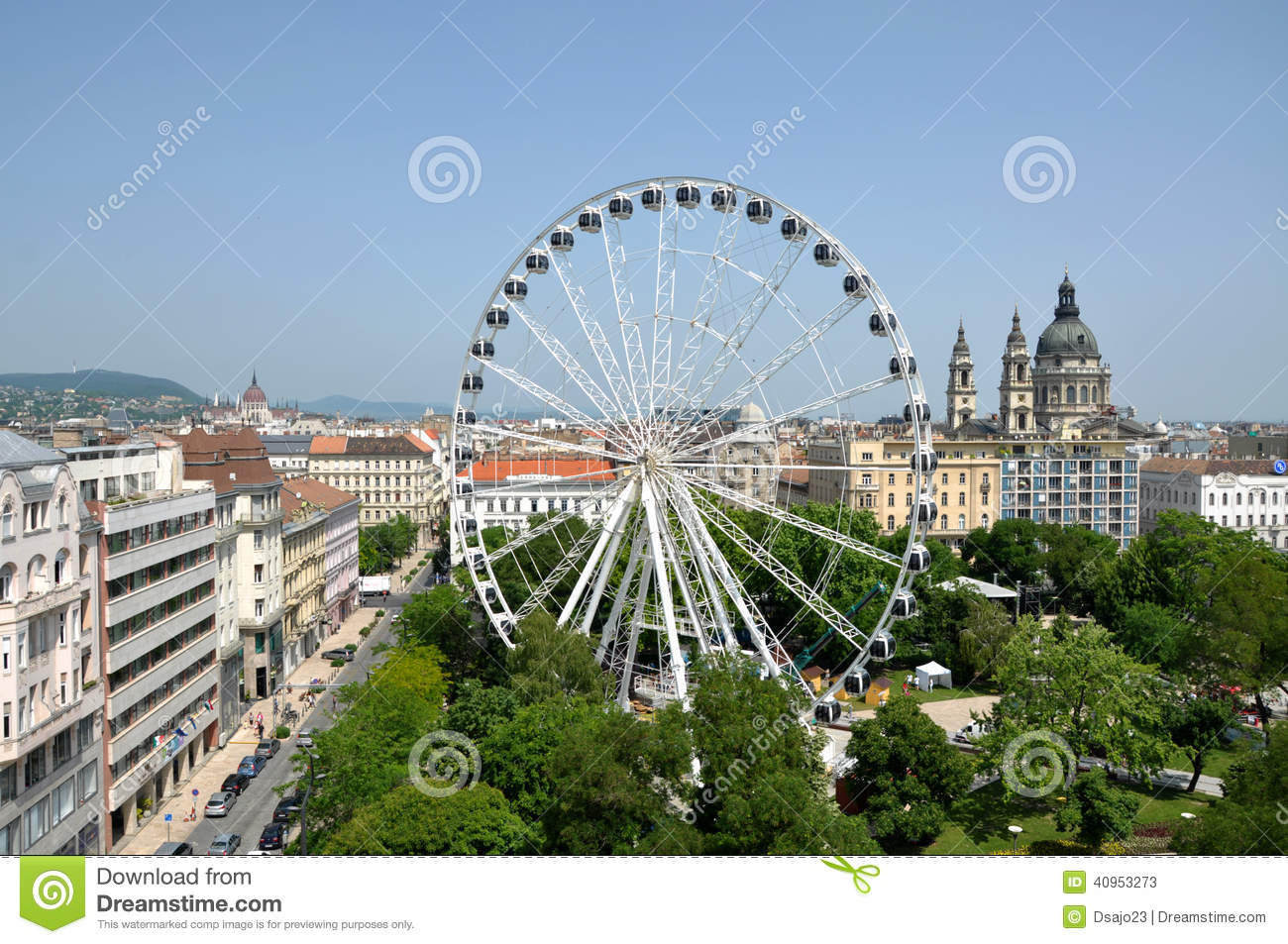 Construction Of The Ferris Wheel Downtown Budapest