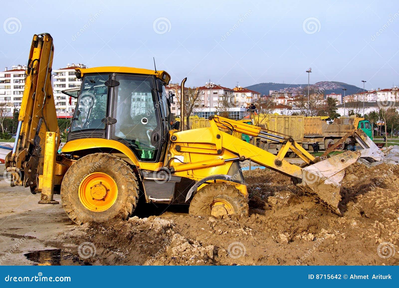Best Heavy Equipment To Build Dirt Road