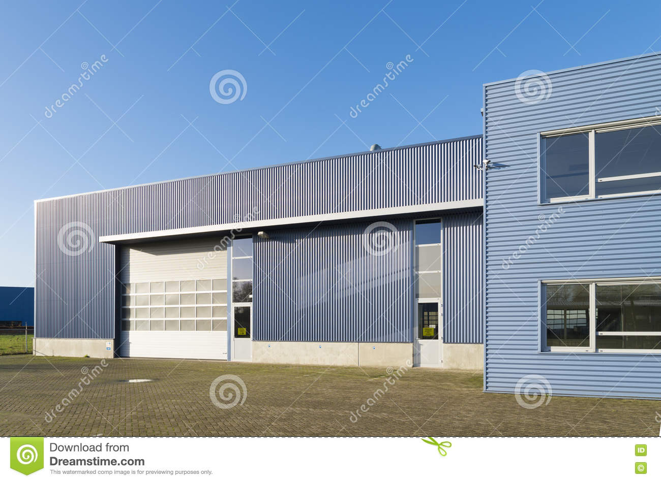 construction industrielle moderne photo stock - image du compagnie