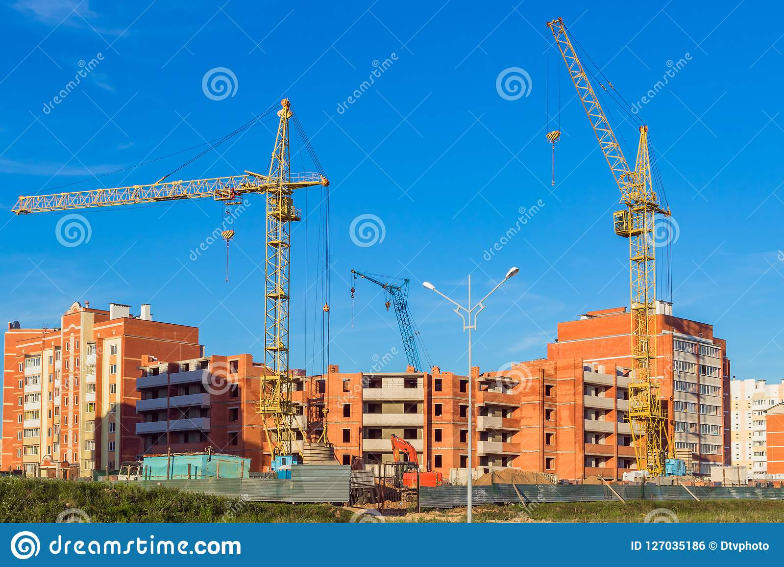 Construction of residential multi-storey houses
