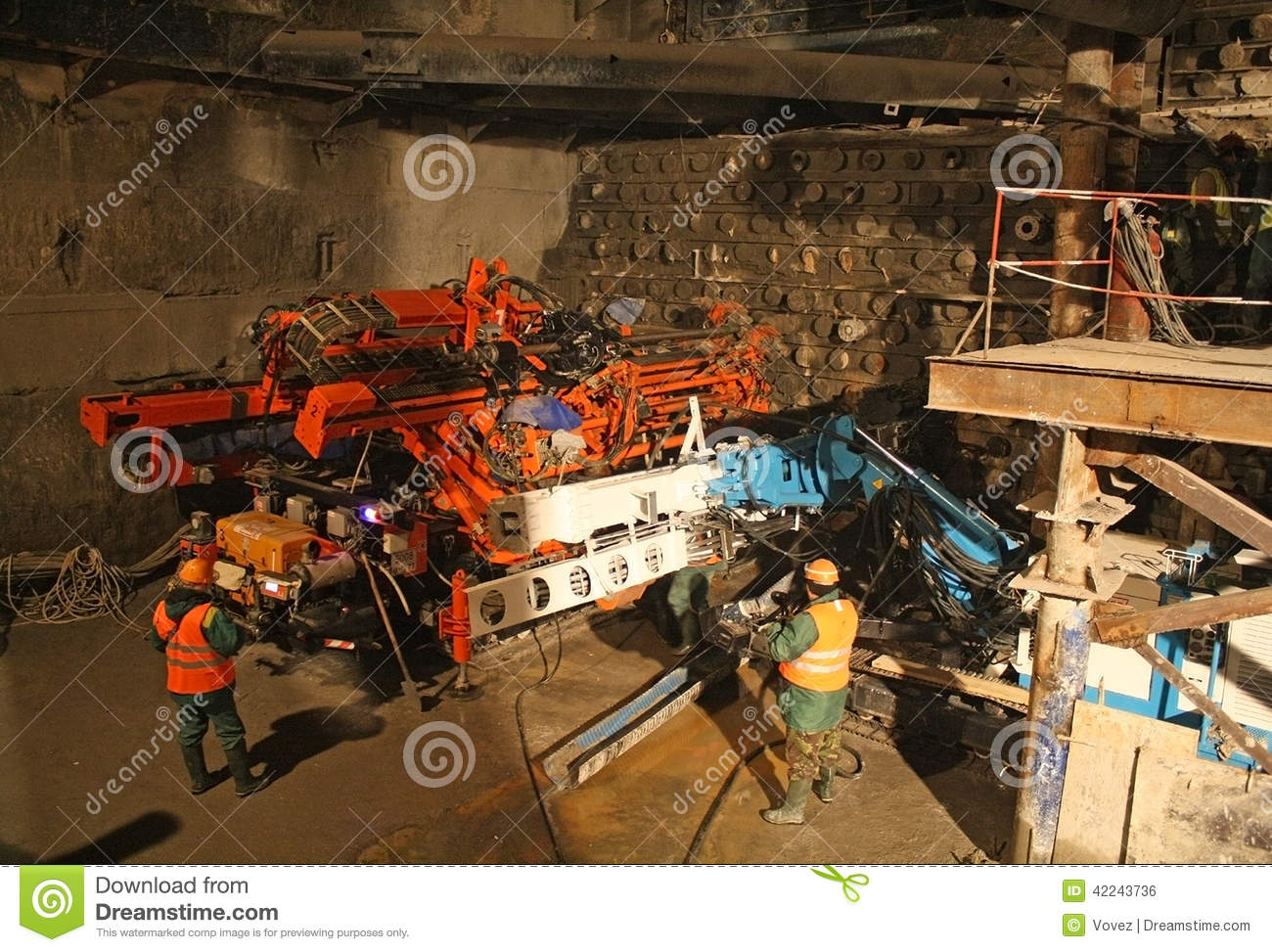 Drilling rig for jet grouting editorial photo image 42243736
