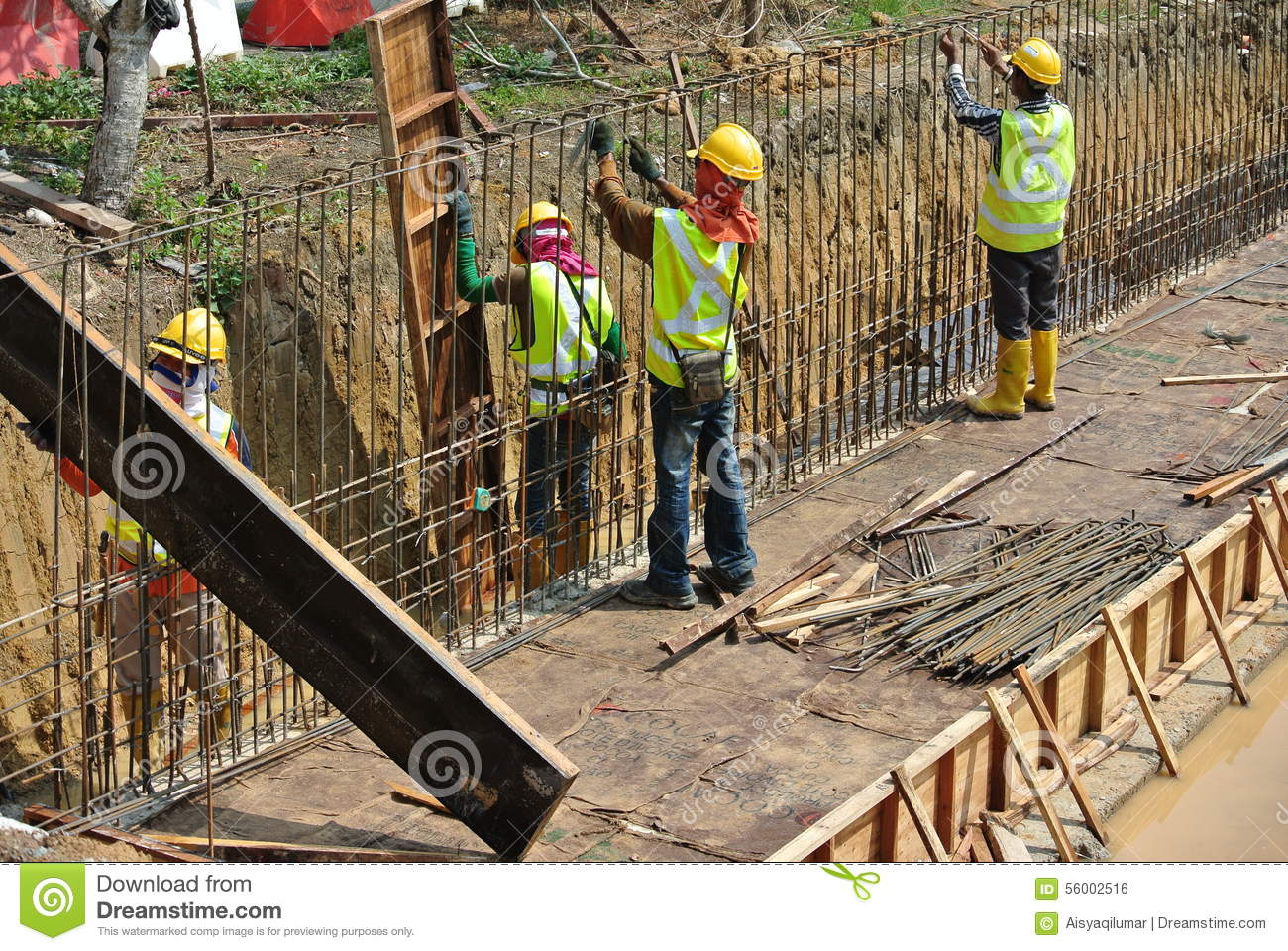 Construction of retaining walls: an overview of the types of structures and materials 57