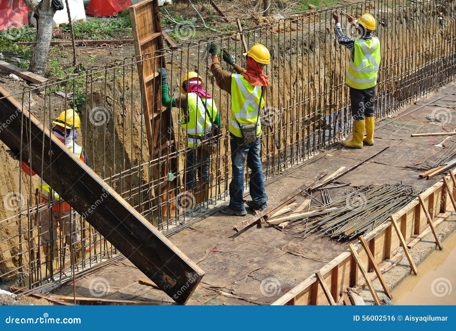 retaing wall construction