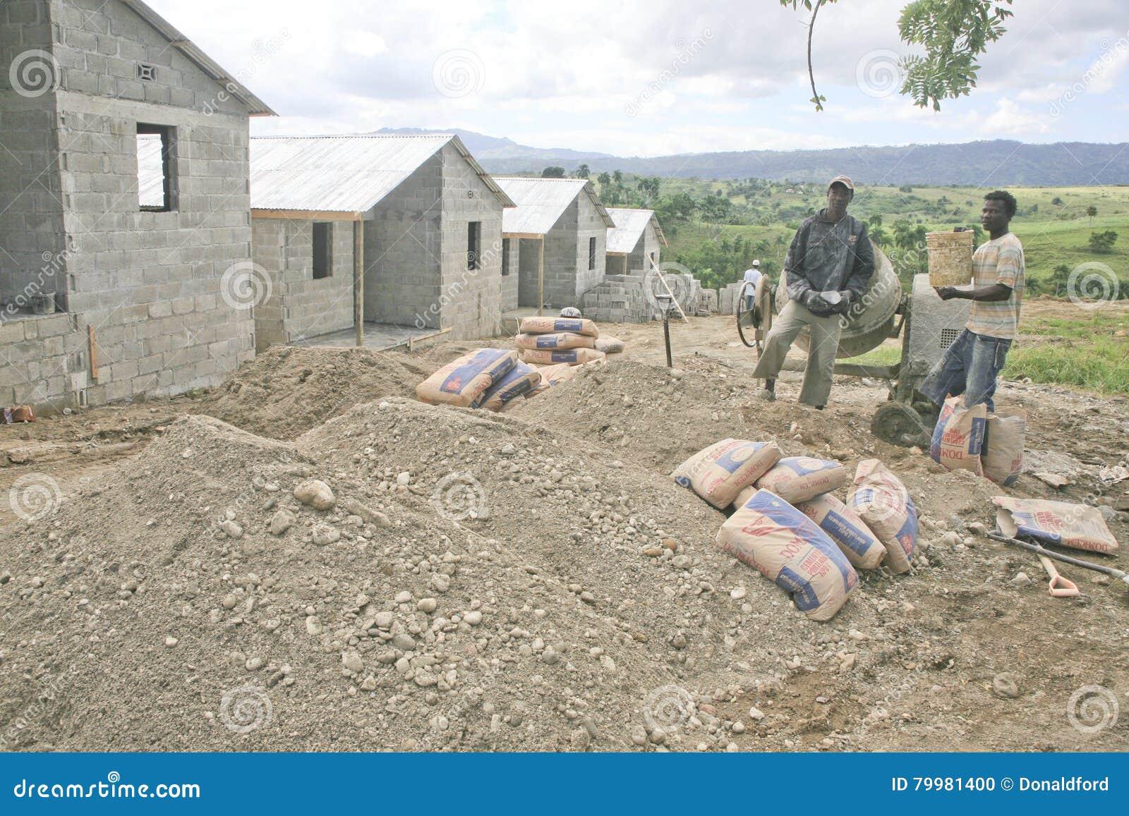 Constructores de casa cabarete rep blica dominicana imagen editorial imagen de clima grava - Constructores de casas ...