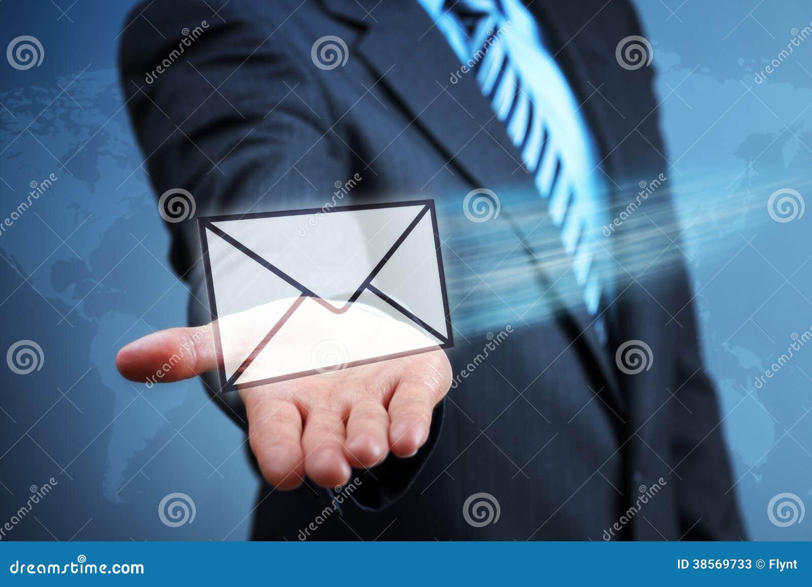Contactez-nous par l email