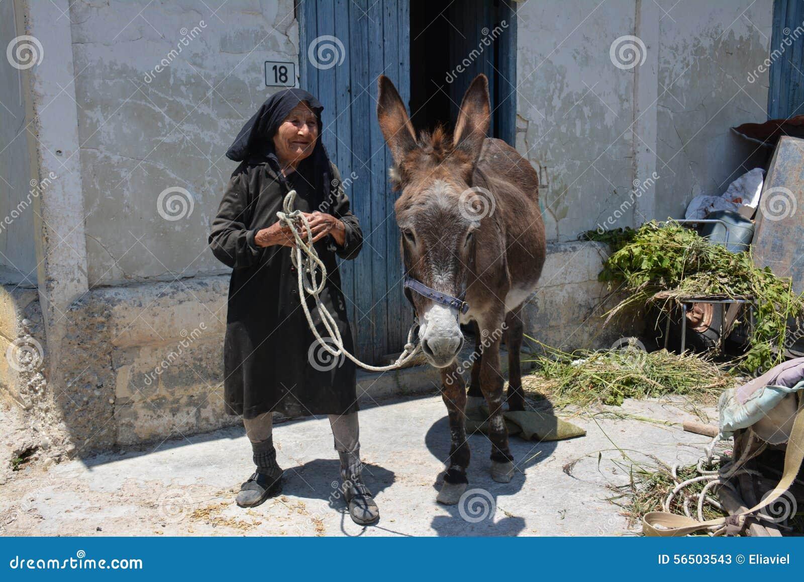 Contadino della donna degli altopiani del Cipro
