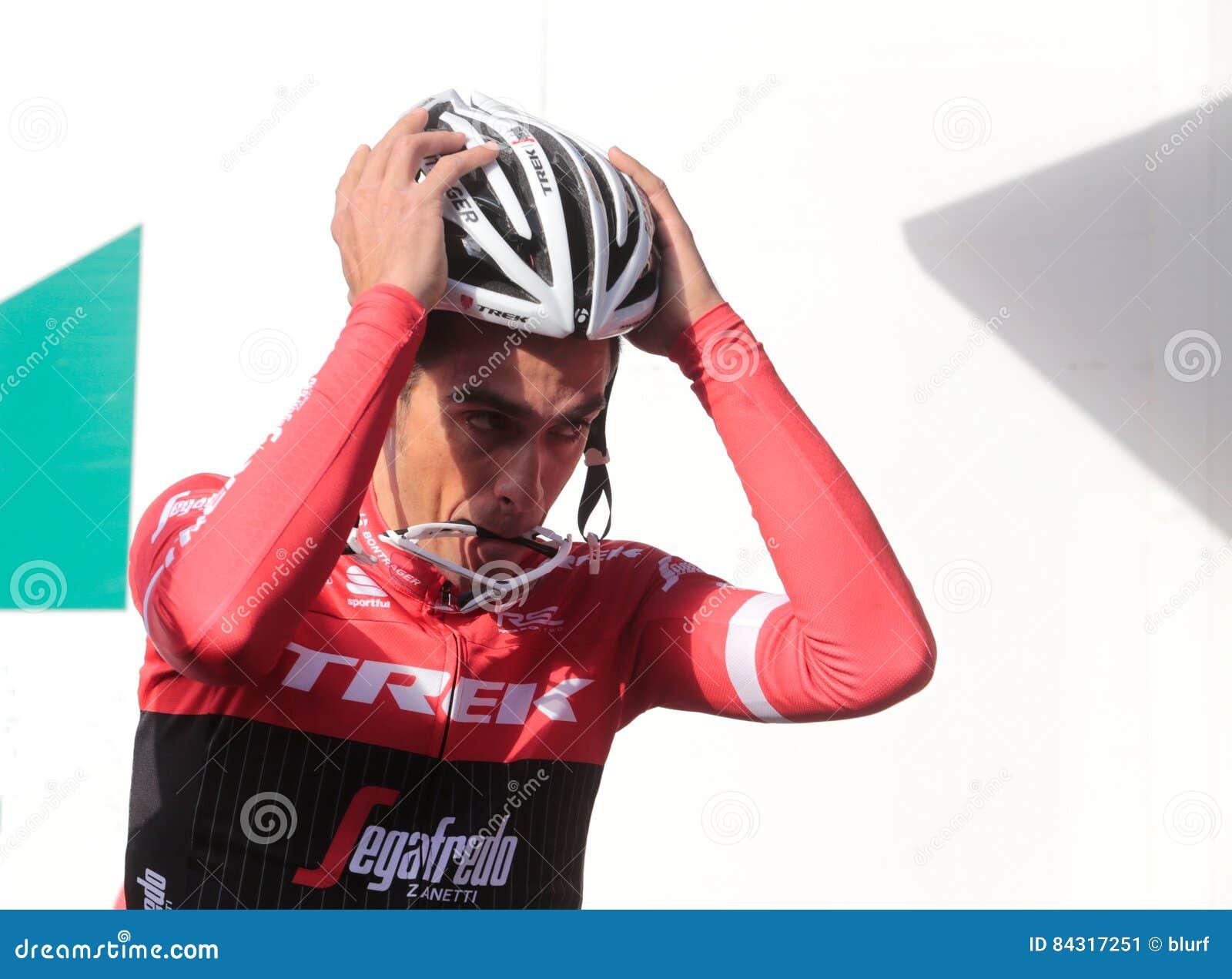 30f6afcd7 Team Trek Segafredo Cycling team new rider winner of the 3 majors races  giro