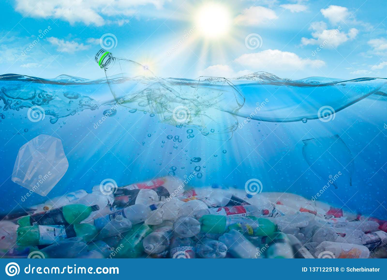 Contaminación de agua ambiental plástico Ahorre el concepto de la ecología