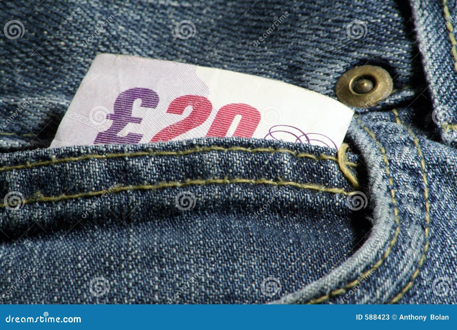 Contant geld in zakken