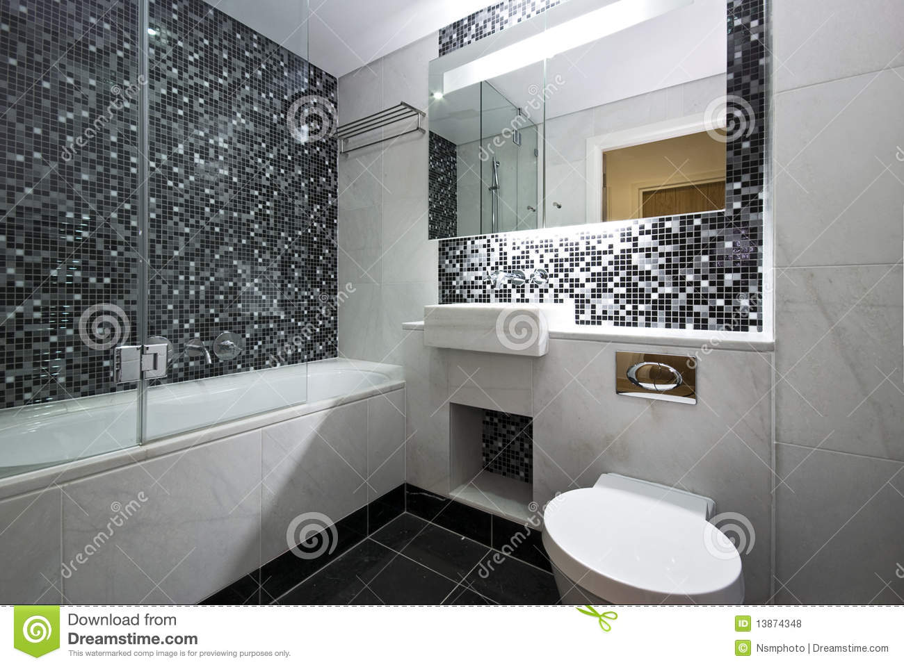 Contemporary en suite bathroom in black and white stock for Mosaic salle de bain