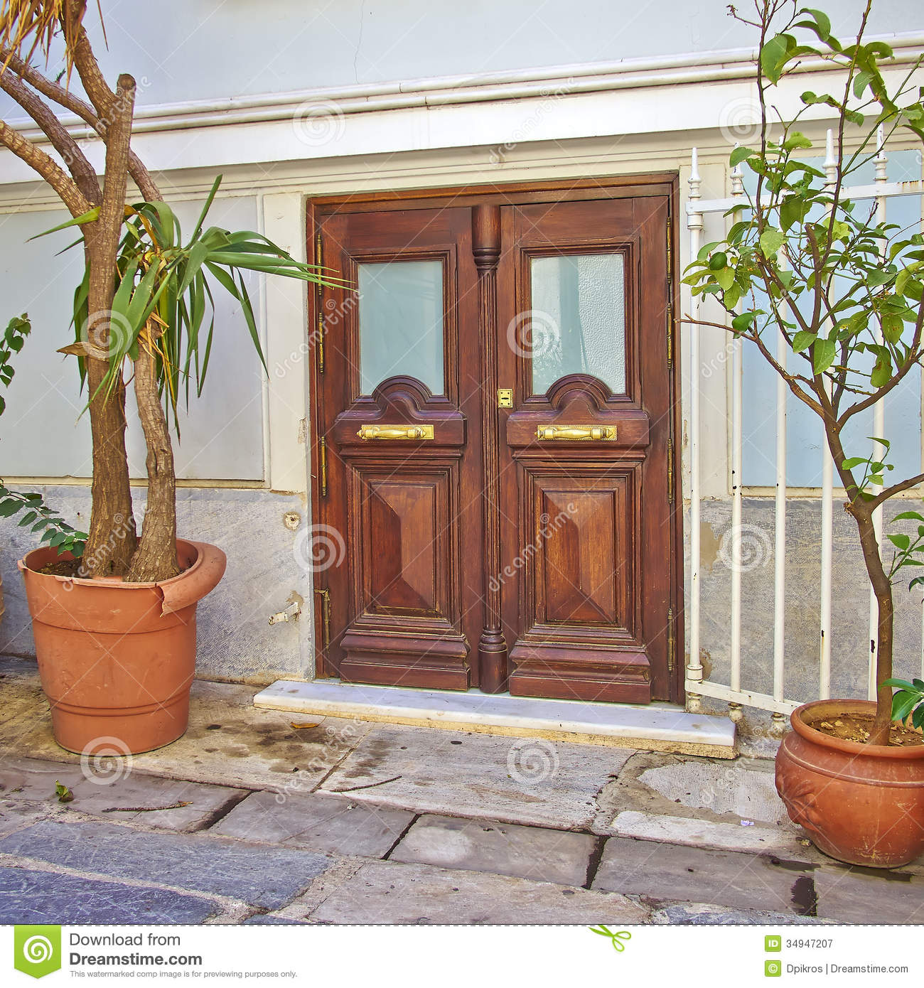Contemporary House Entrance Royalty Free Stock Photography - Image ...