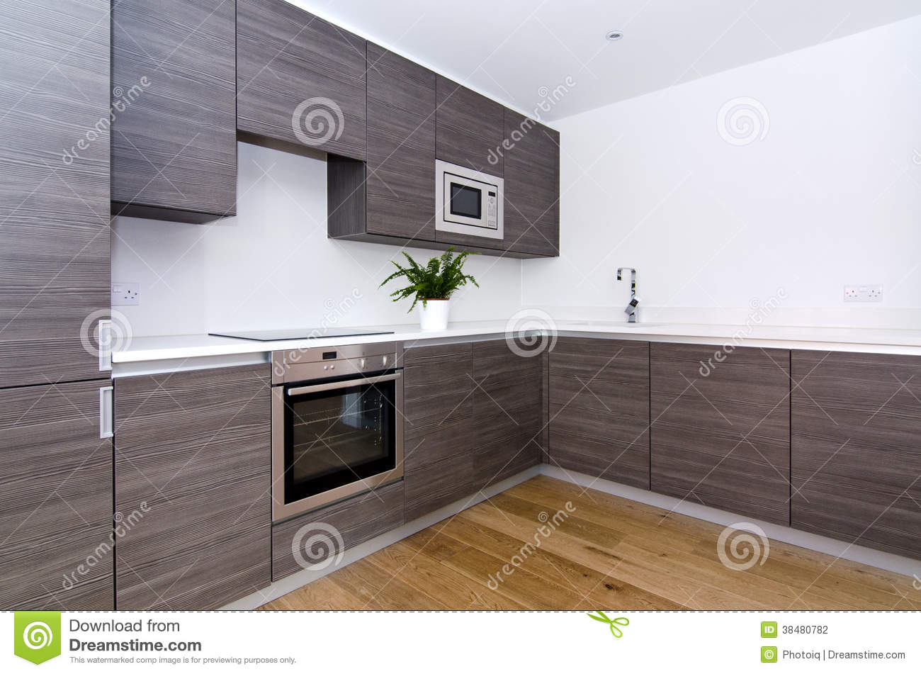 contemporary kitchen with top spec appliances stock photography