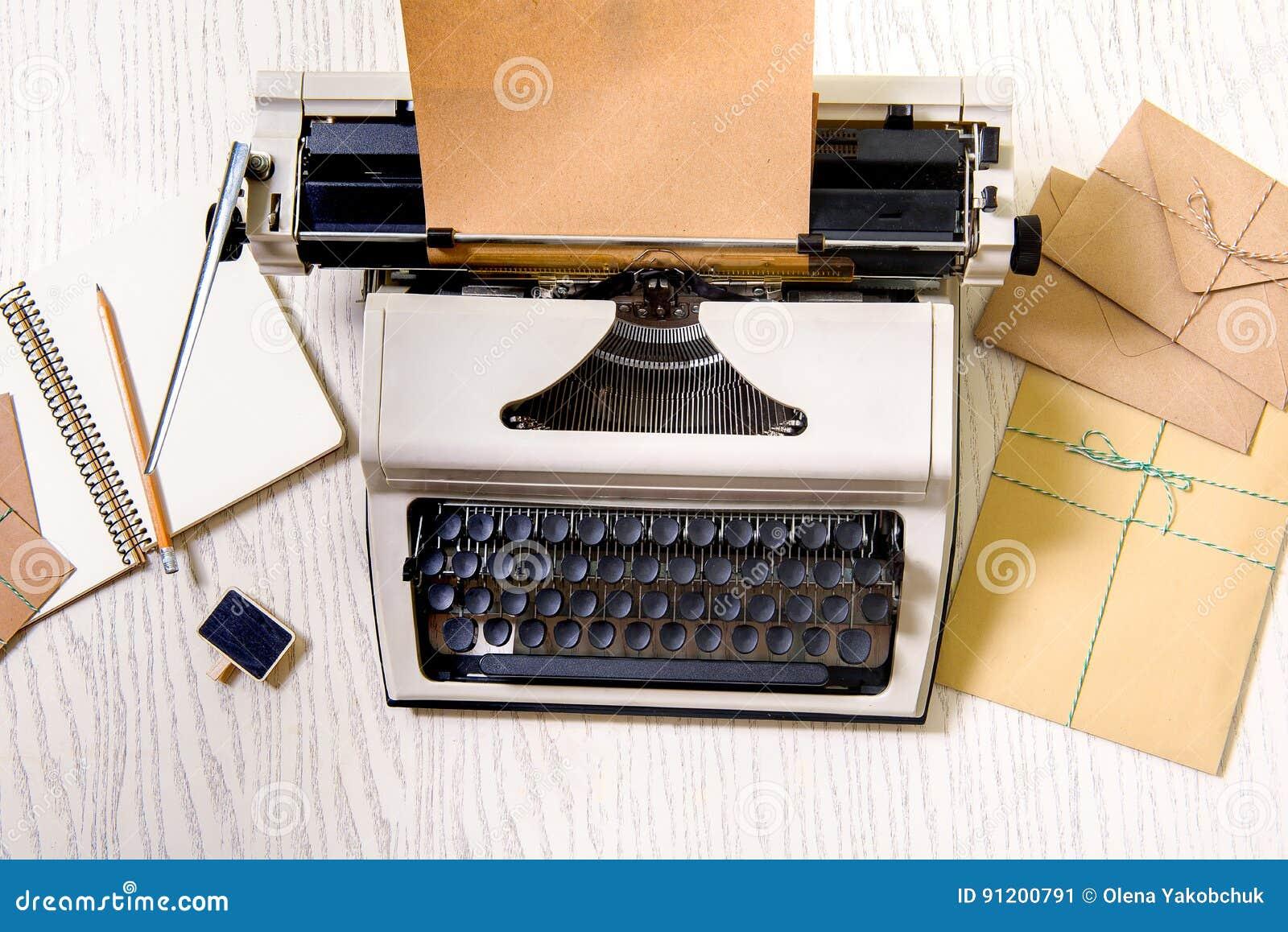 writing on typewriter vs computer