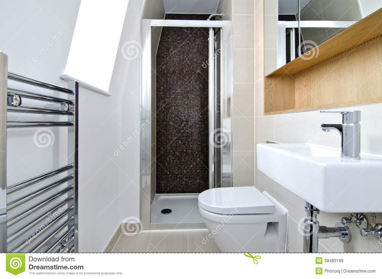 Contemporary 3 piece en suite bathroom royalty free stock for Small 3 piece bathroom ideas