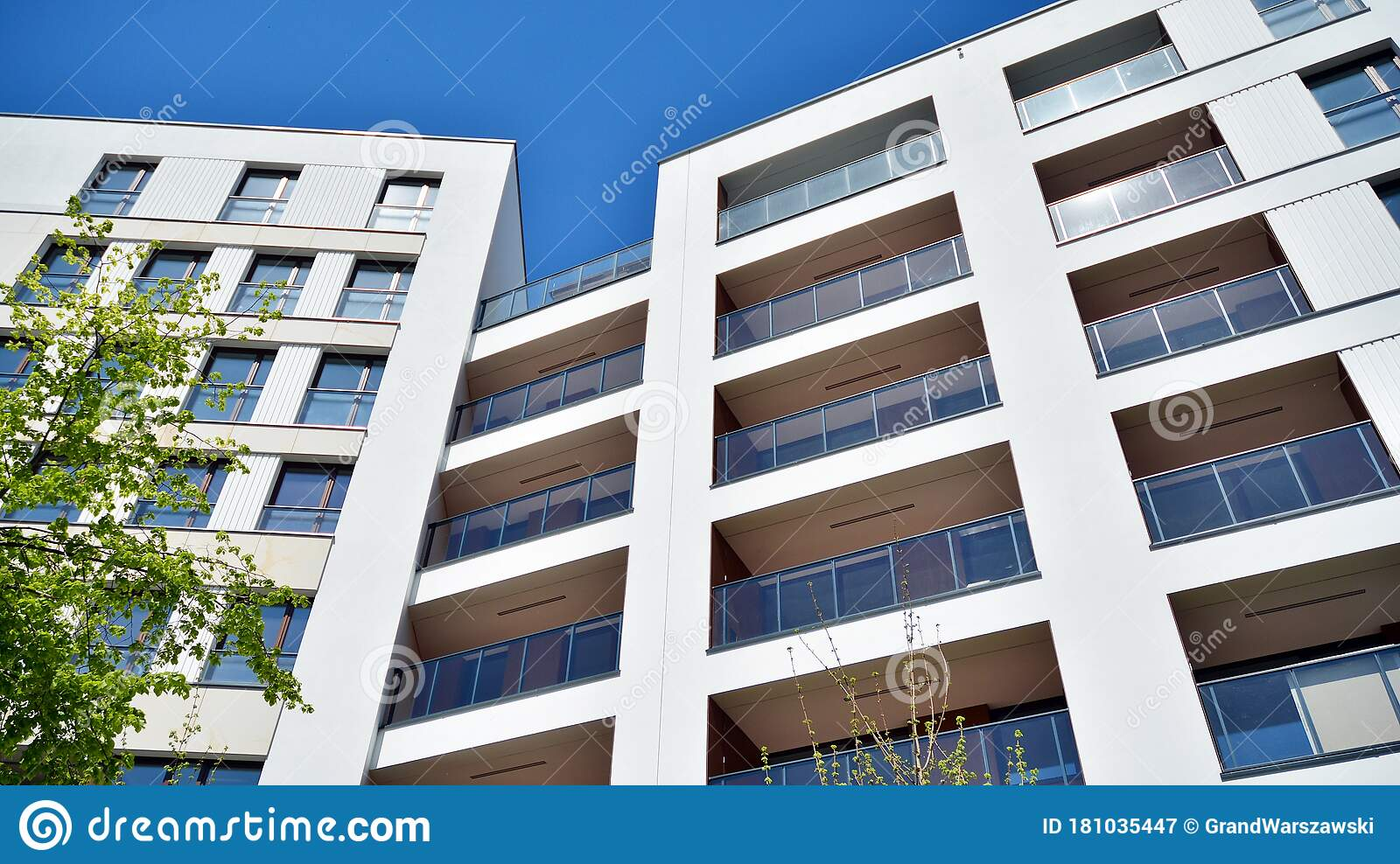 Contemporary Residential Building Exterior In The Dayligh Stock Image Image Of Ideas Accommodation 181035447