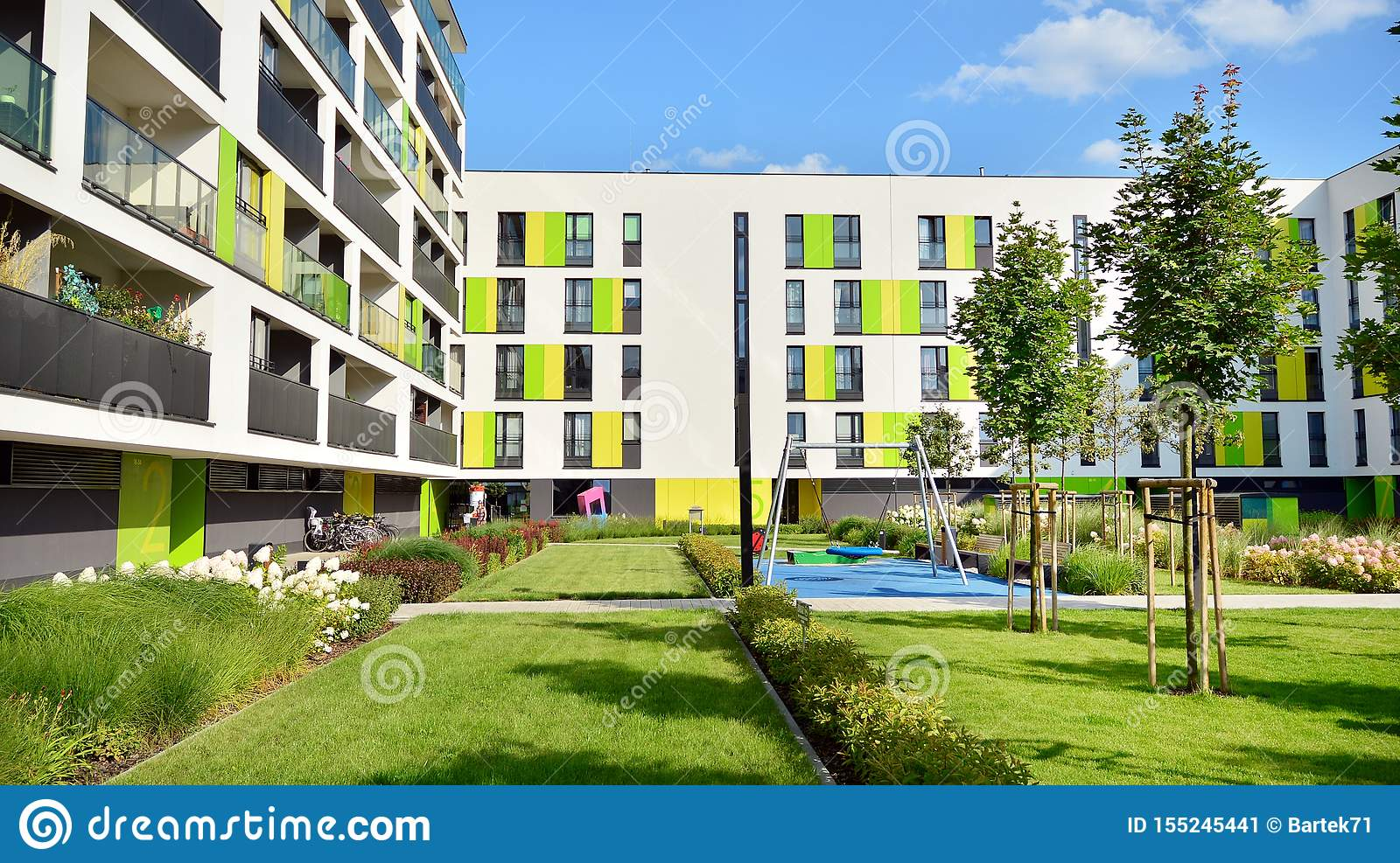 Contemporary Residential Building Exterior In The Daylight Stock Image Image Of Architecture Blue 155245441