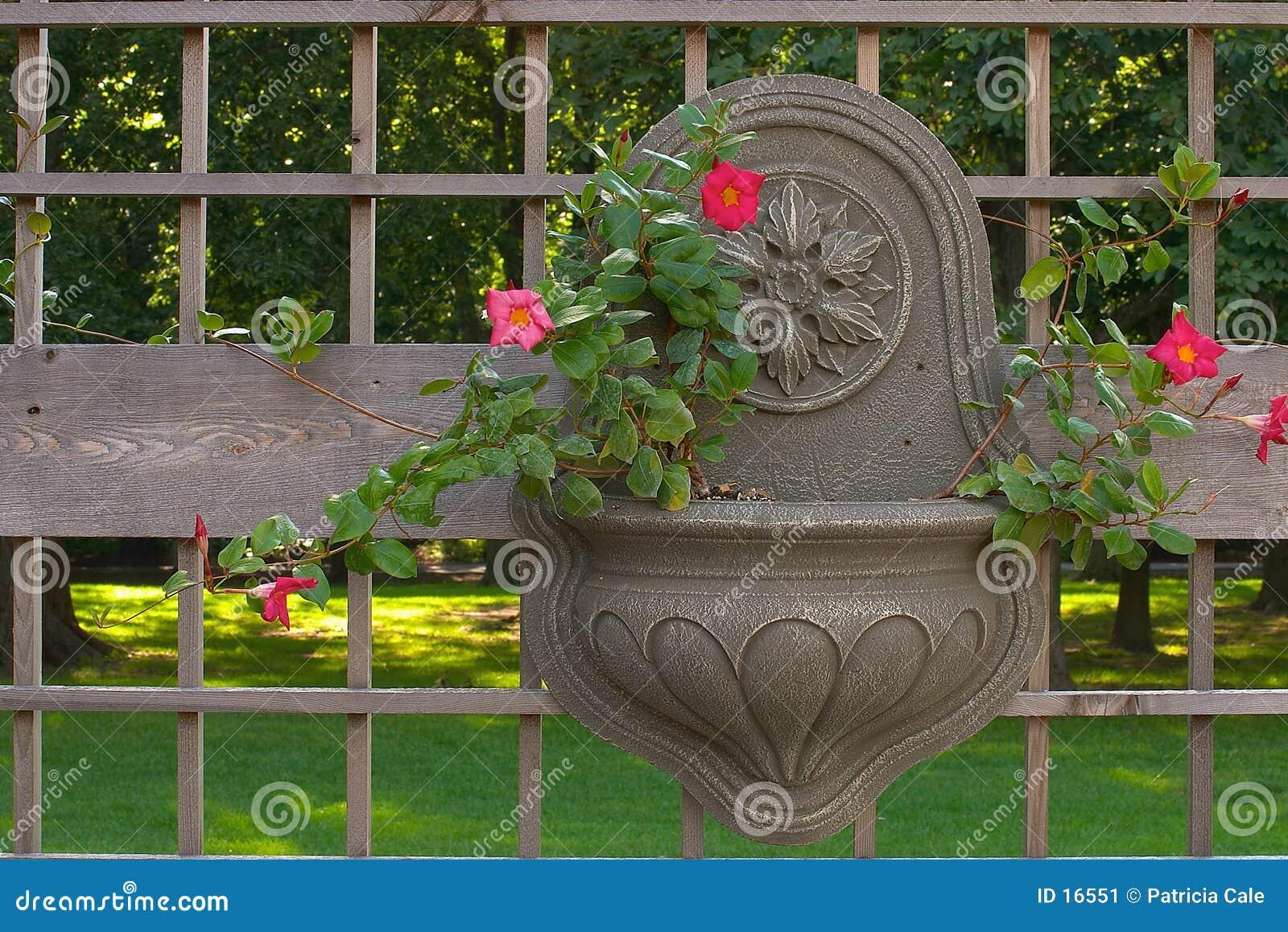 Conteneur de jardin s arrêtant