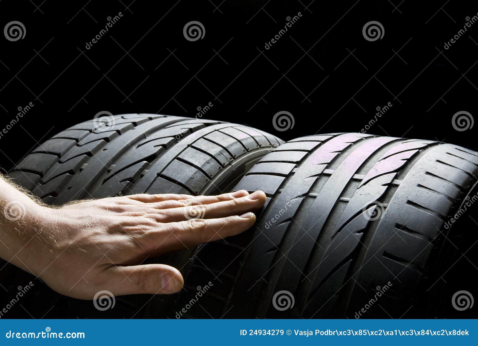 Contrôlez les pneus
