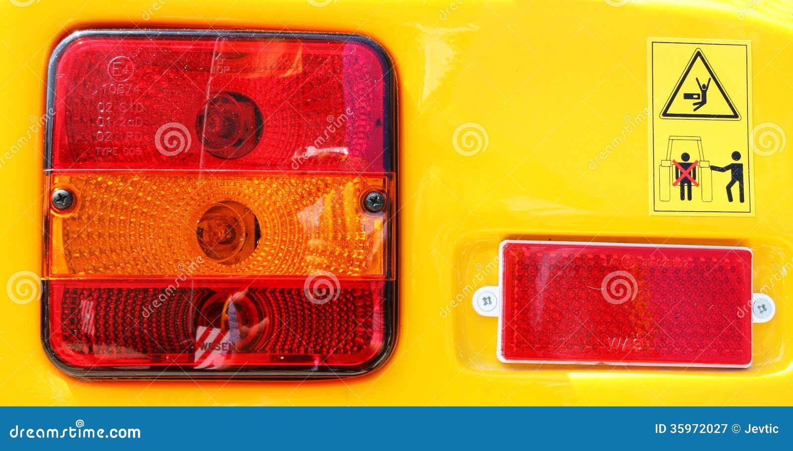 Contraluz y señales de peligro