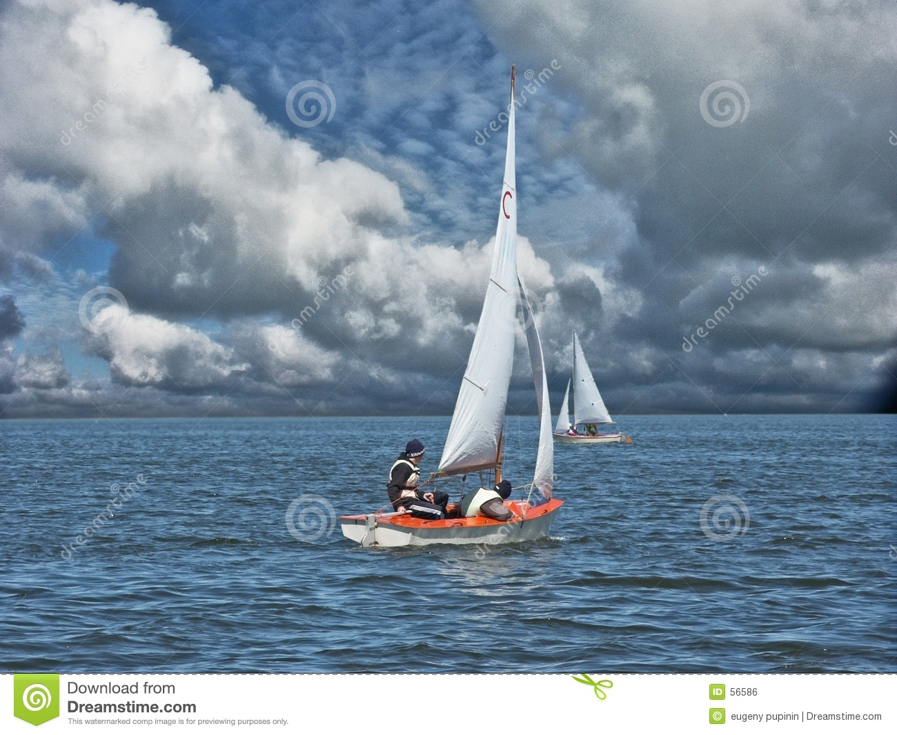 Download Contre un vent photo stock. Image du voile, ciel, yacht - 56586