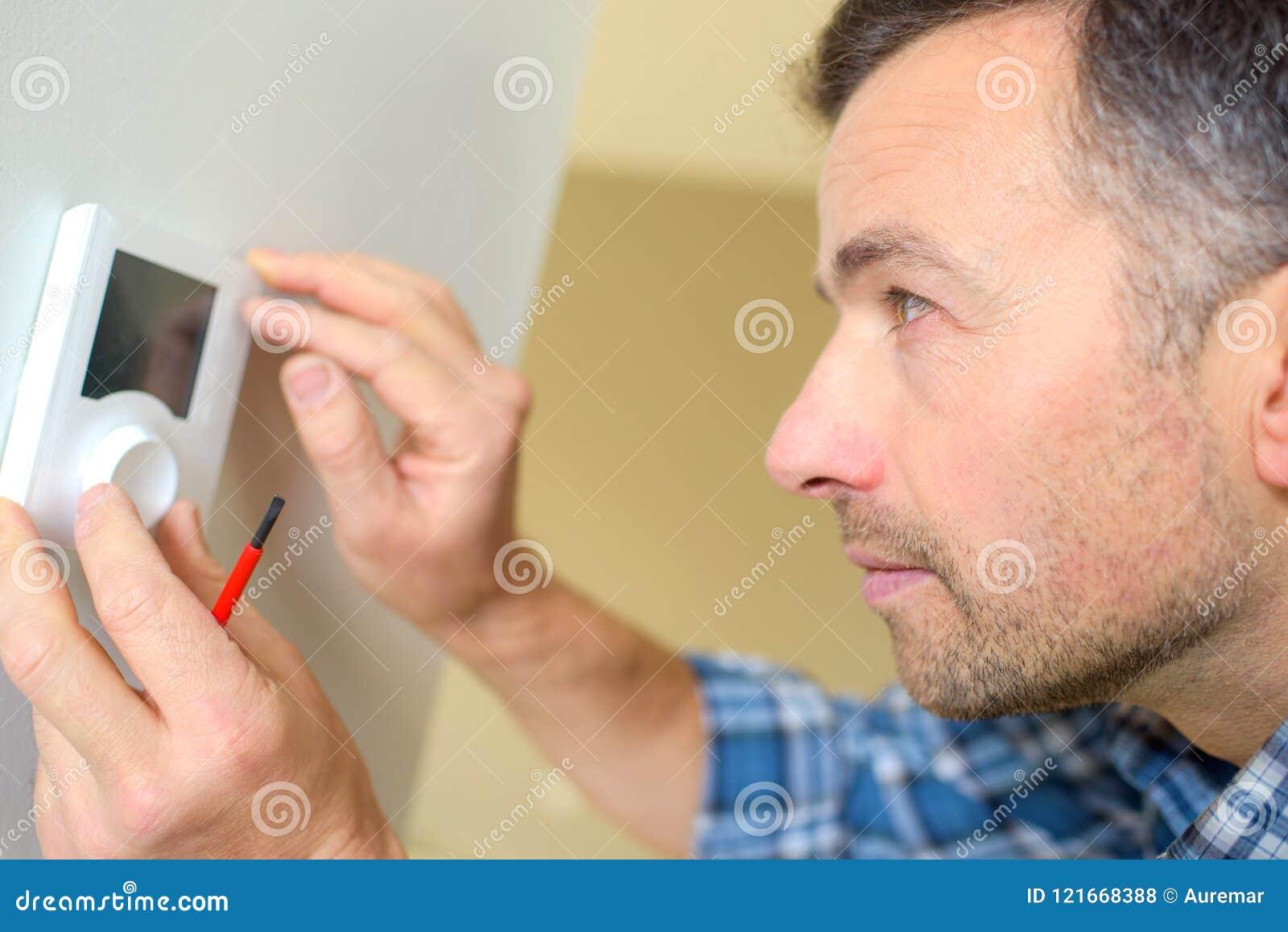 Control del termóstato del LCD que cabe