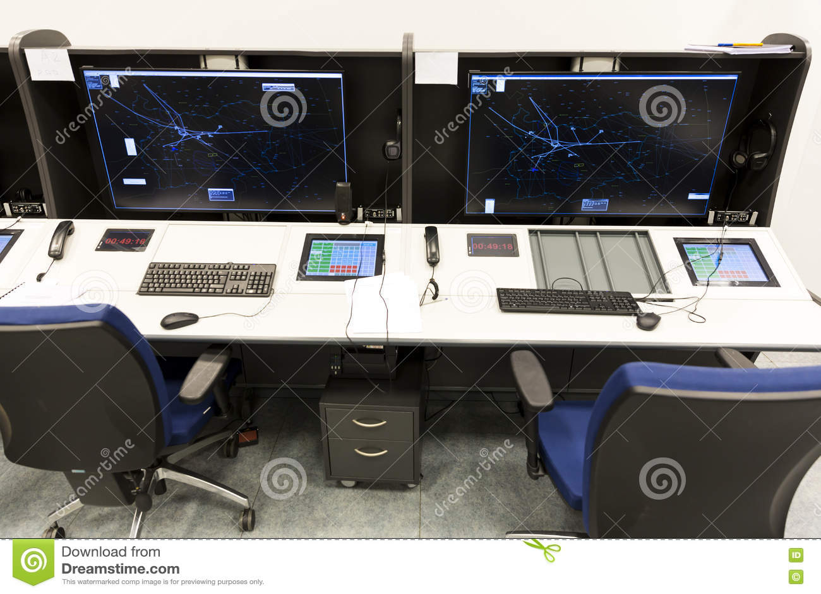 Controller& x27 da autoridade de serviços do tráfico aéreo; mesa de s