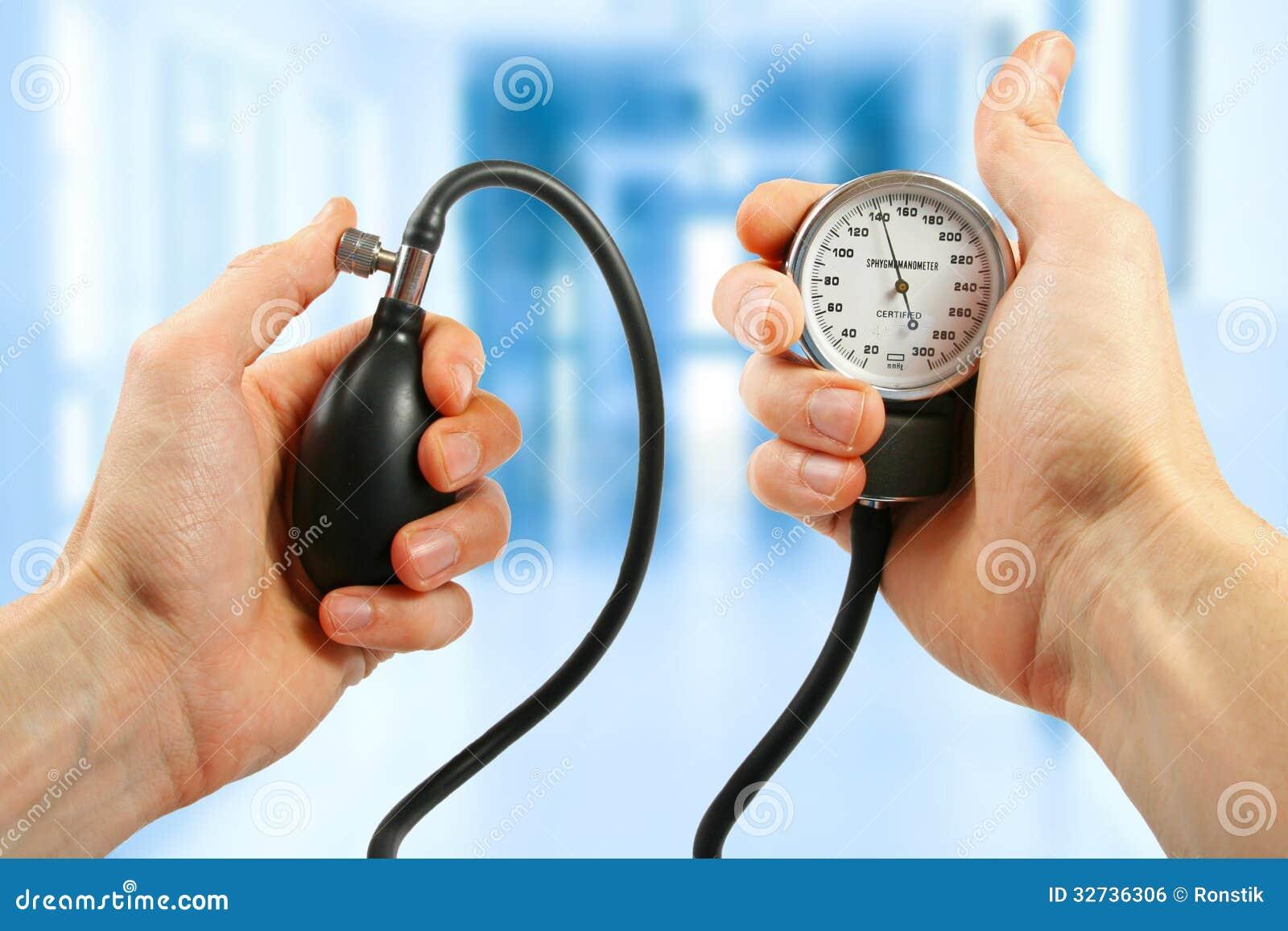 Controllo Di Pressione Sanguigna Fotografia Stock..