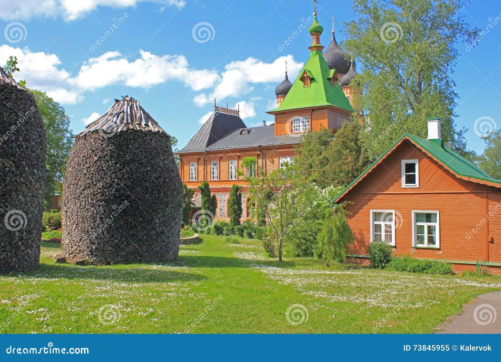 Convento de Kuremae Dormition, Estônia