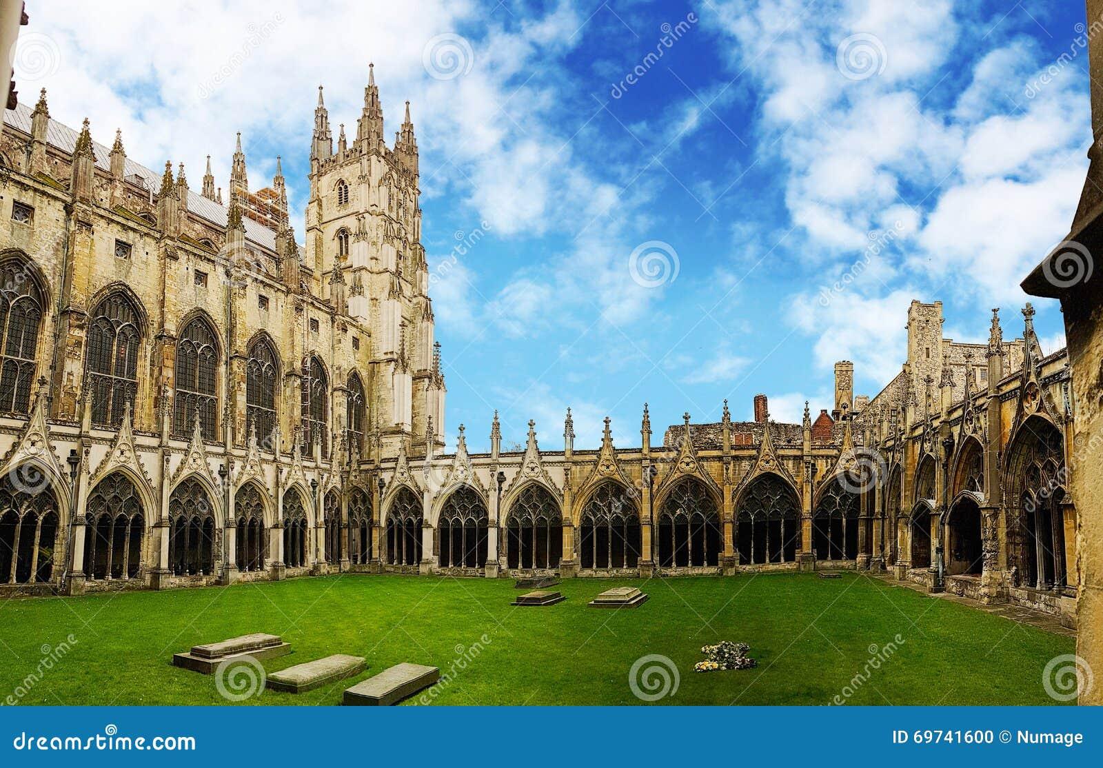Convento della cattedrale di Canterbury, Risonanza, Regno Unito