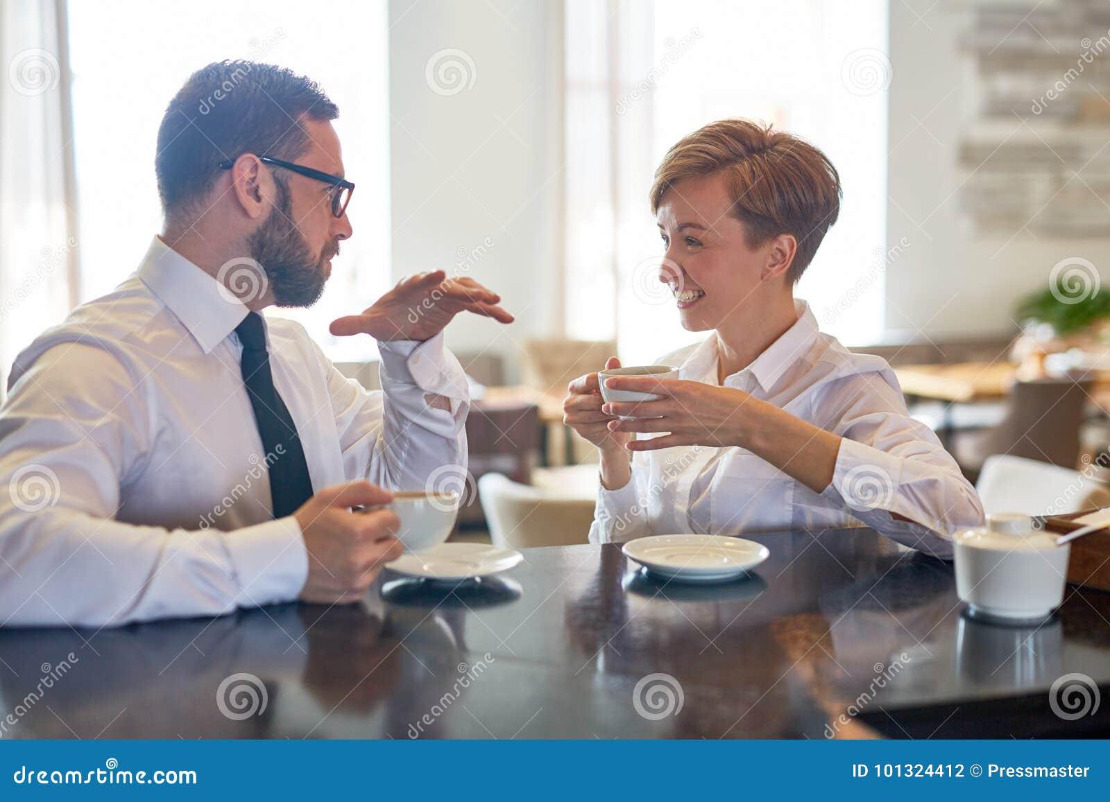 Conversação no café
