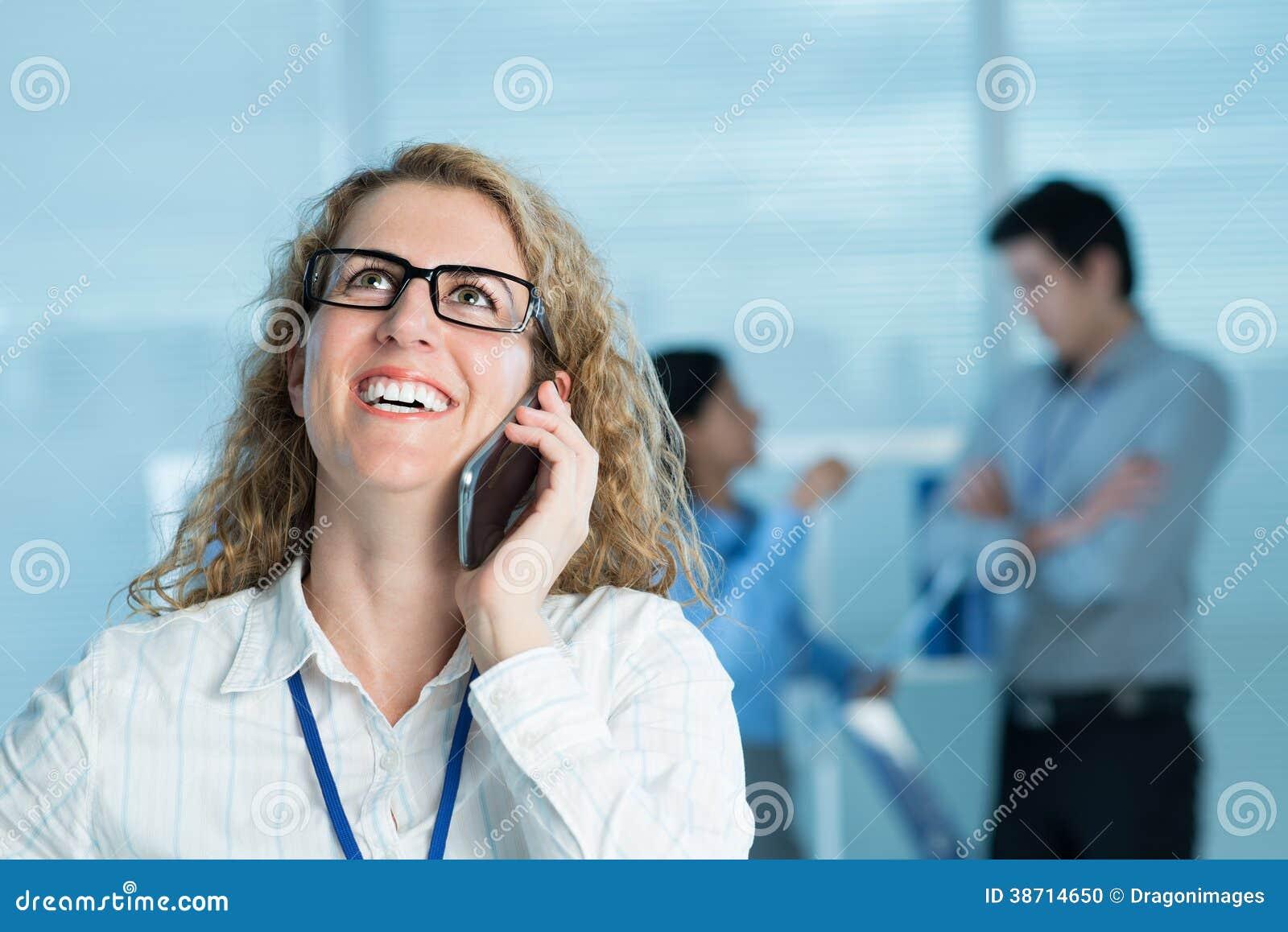 Conversa telefônica emocional