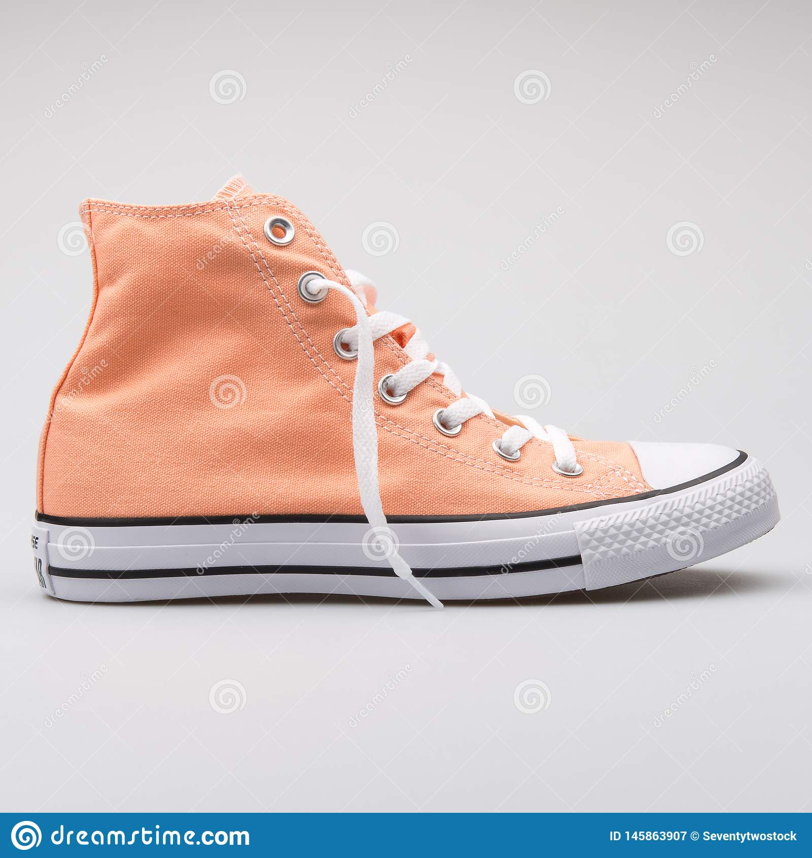 Converse Chuck Taylor All Star High Peach Sneaker Editorial