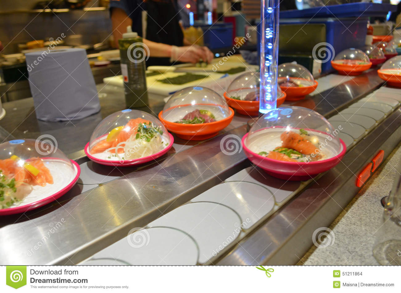 Conveyor belt sushi editorial stock image image of asian for Cuisine concept