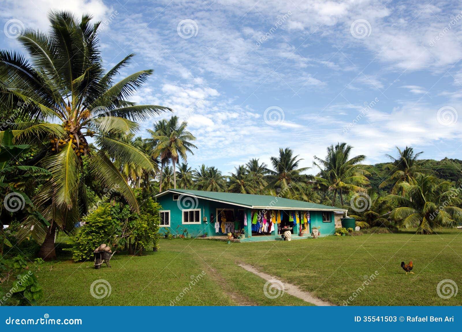 Cook Islanders Home In Aitutaki Lagoon Cook Islands