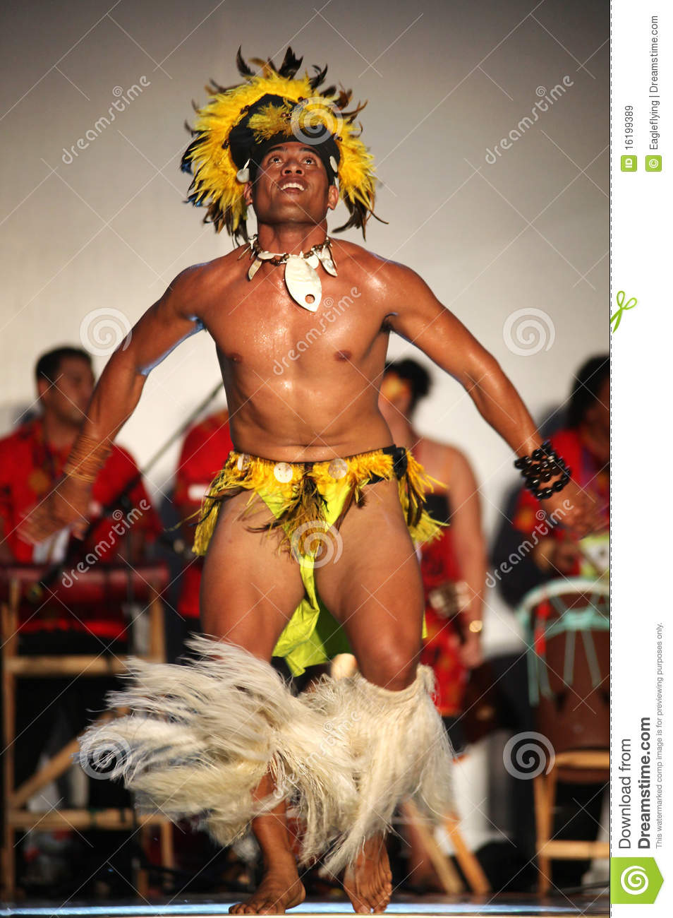 What is the National costume for the Cook Islands?