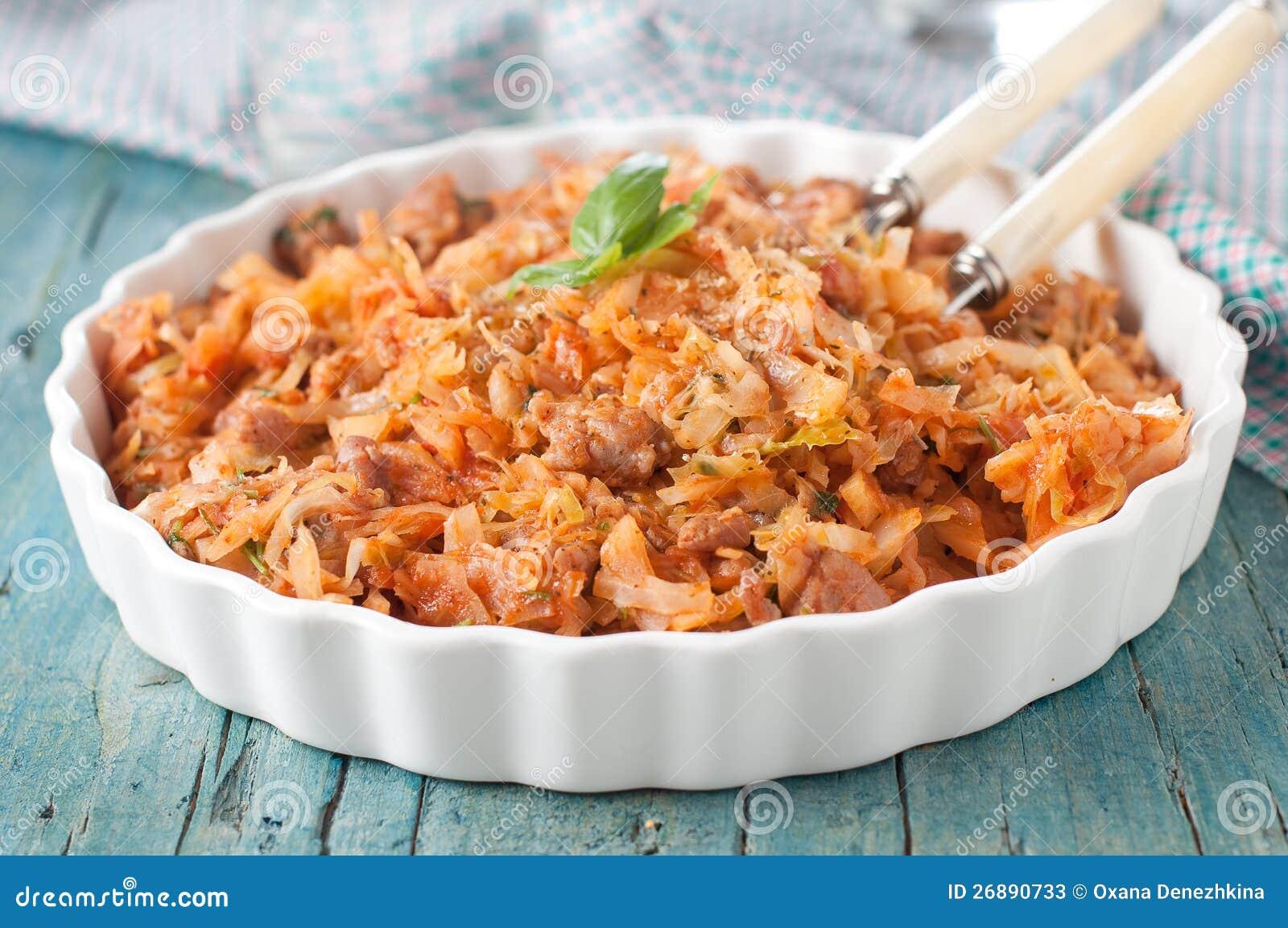 Тушеная капуста с курицей в кастрюле рецепт с пошагово в