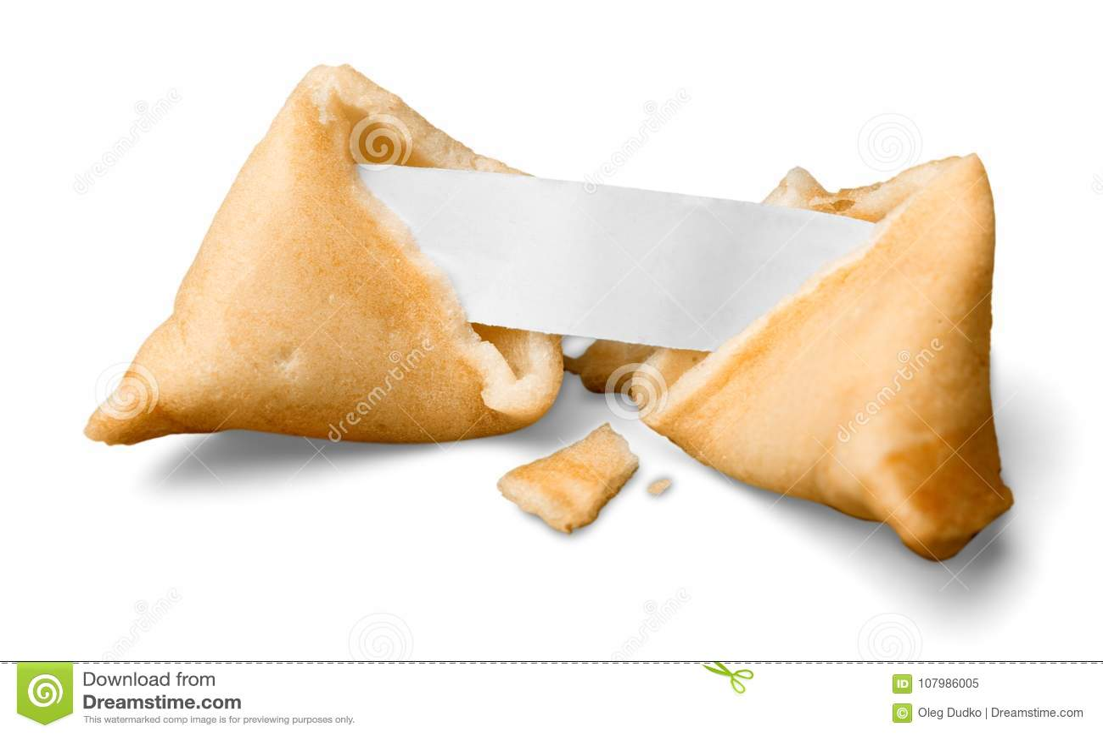 Cookie de fortuna quebrada com pedaço de papel vazio