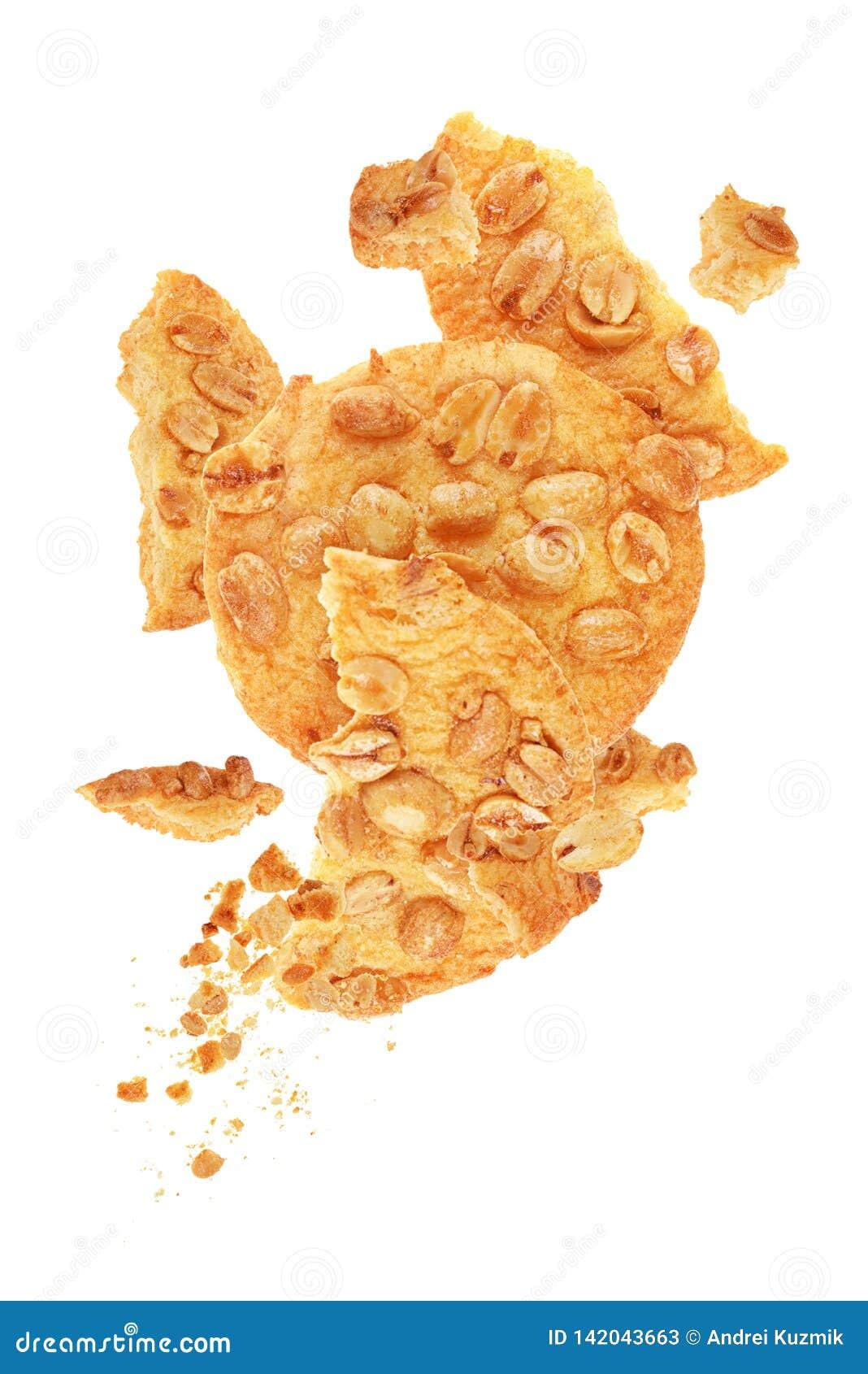Cookies com os amendoins isolados