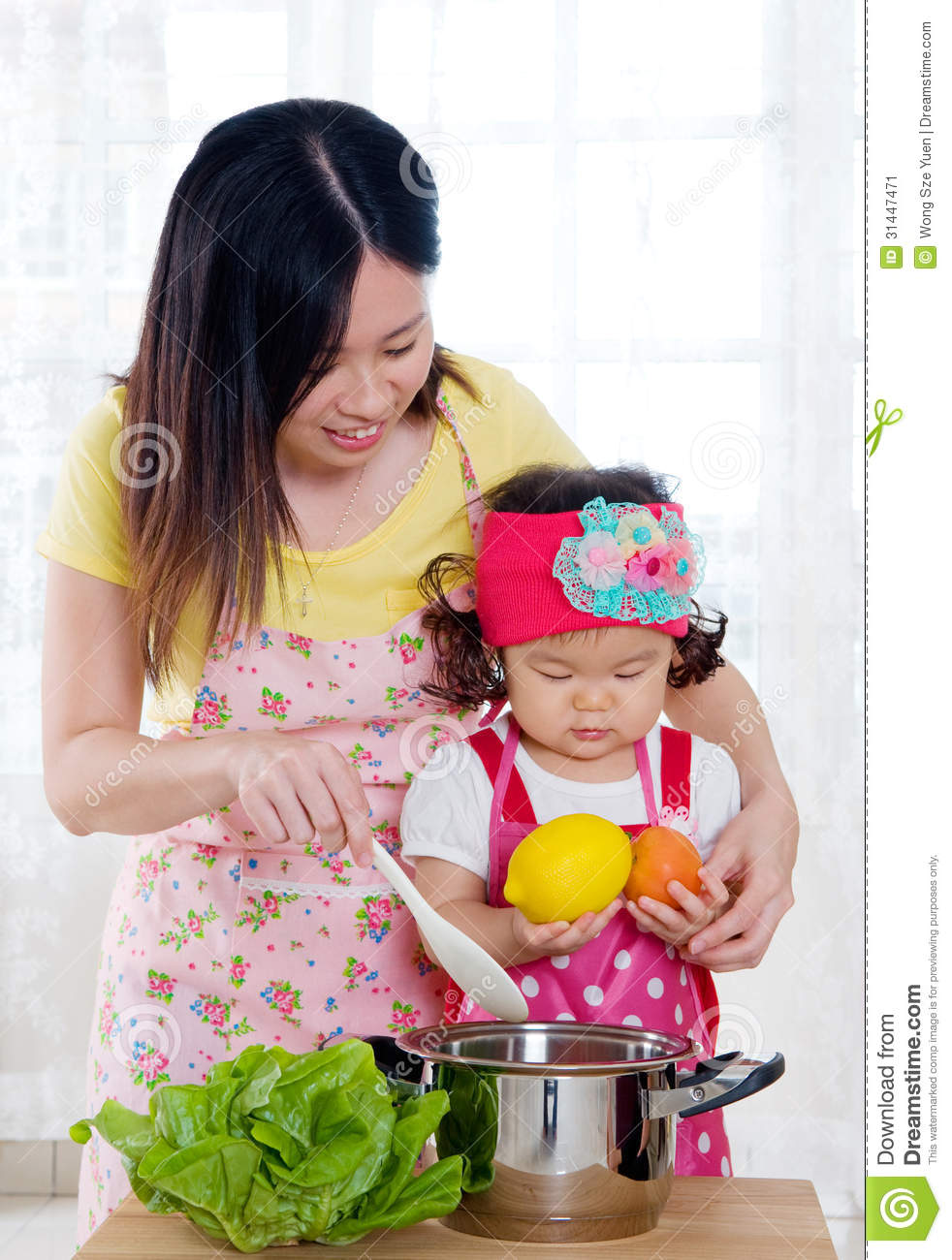 Cooking Stock Image Image Of Korean Asian Child Mother 31447471