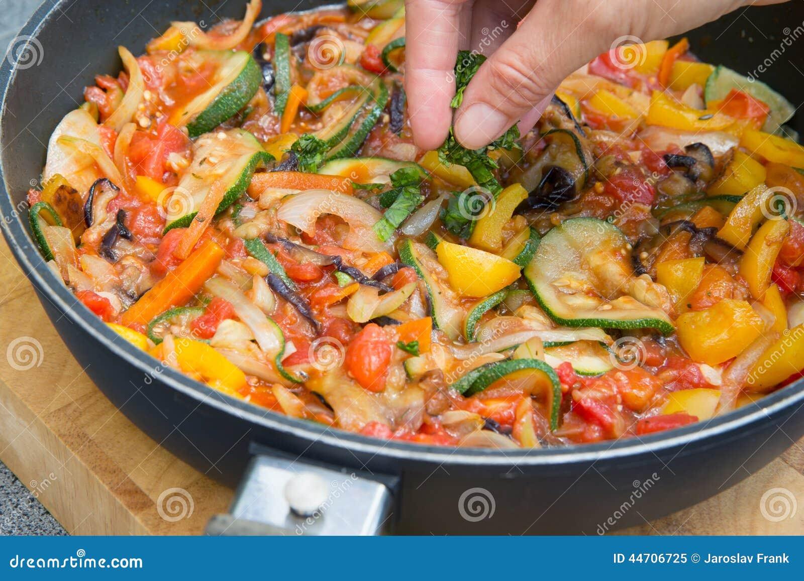 Tomato, Zucchini, and Eggplant Gratin Tomato, Zucchini, and Eggplant Gratin new picture
