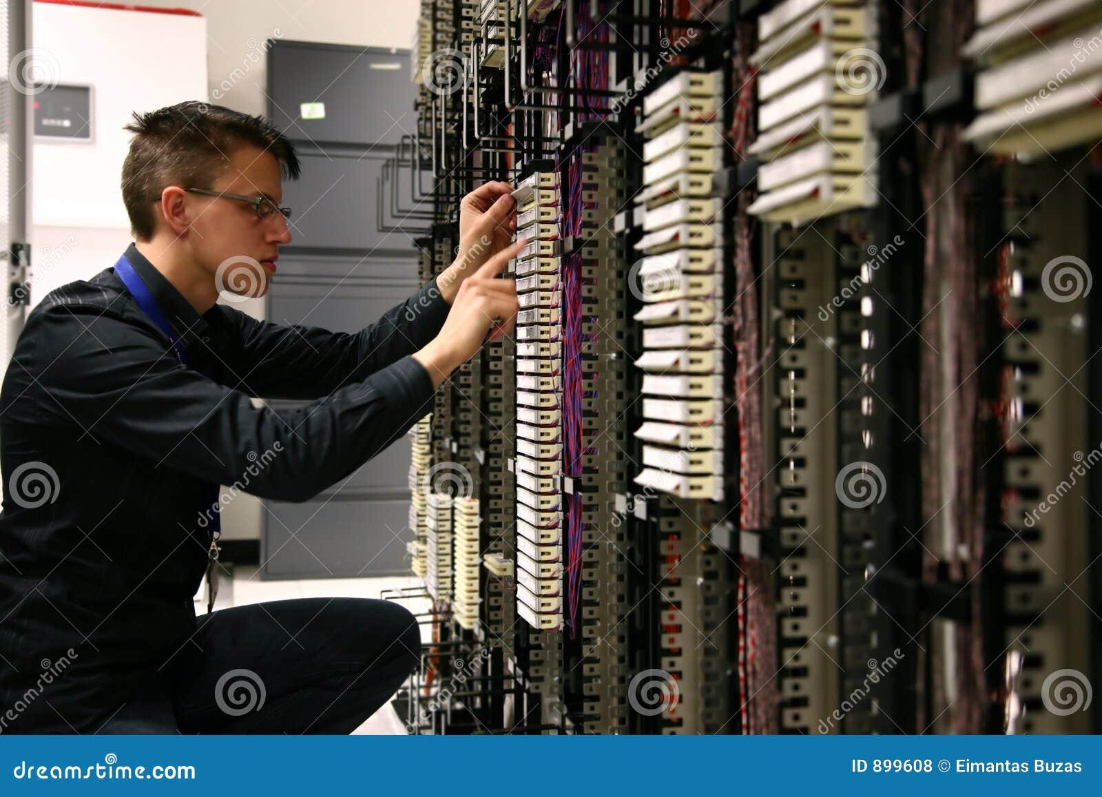 Coordenador das telecomunicações
