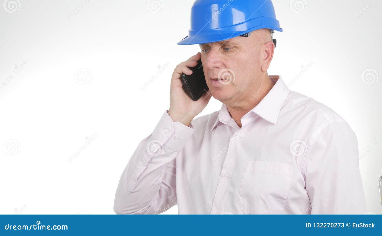 Coordenador seguro Image Talking Business ao telefone celular
