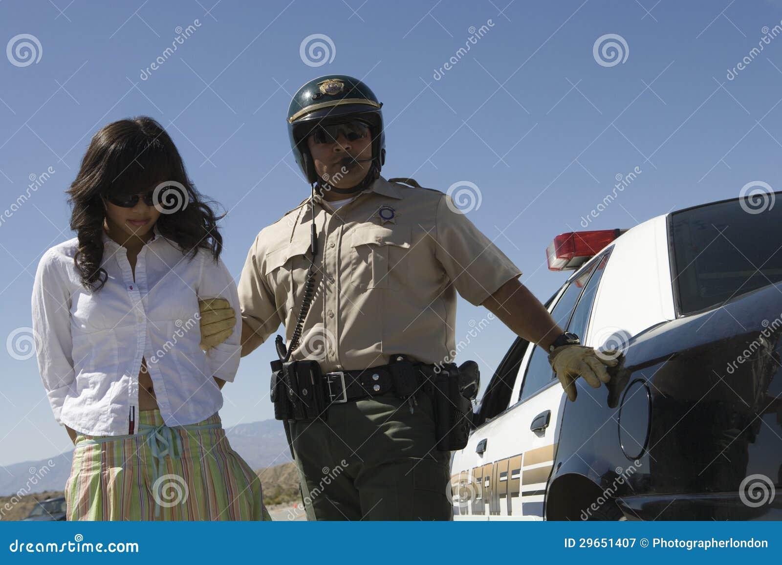 COP arrestatie COP Sex Films moeders