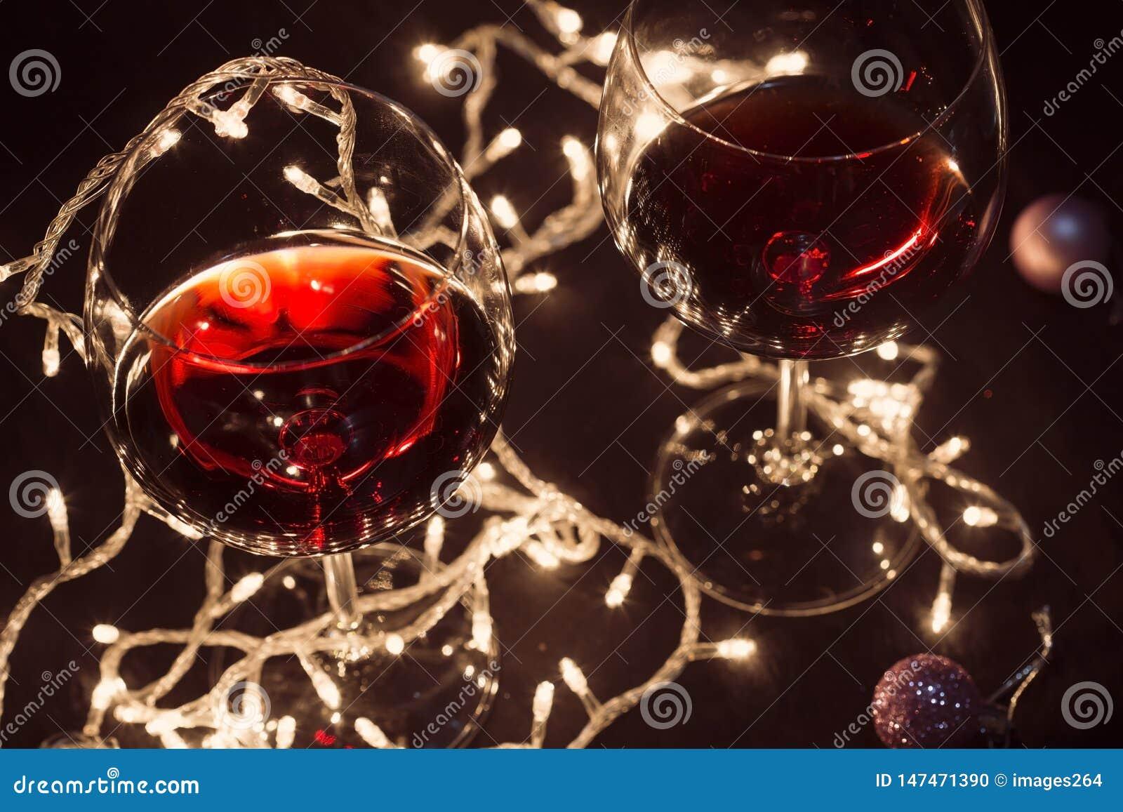 Copas de vino rojas