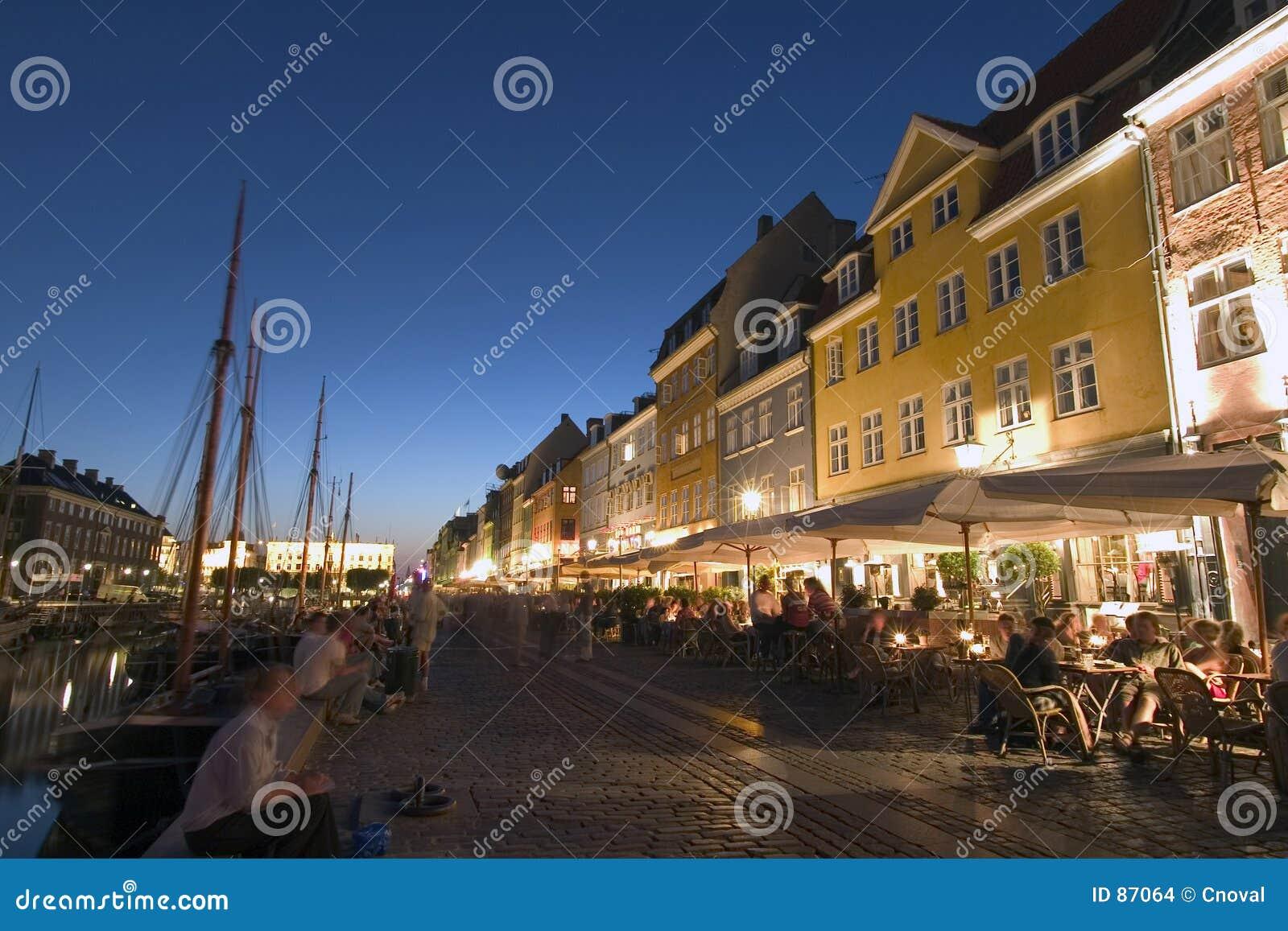 Download Copehagen Schronienia Nyhavn Restauracje Zdjęcie Stock - Obraz złożonej z okrętowiec, schronienie: 87064