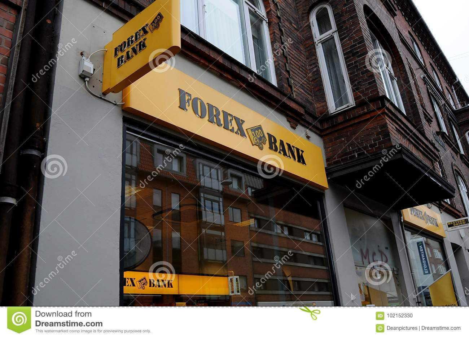 forex bank nfp kereskedés bináris opciókkal