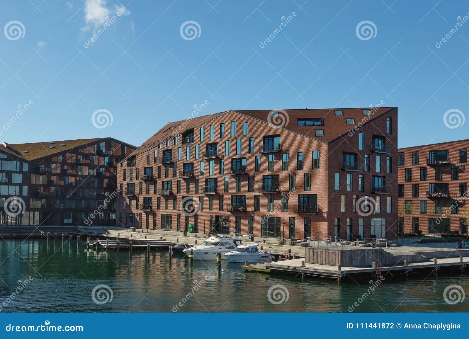 COPENHAGUE, DANEMARK - 30 AVRIL 2017 : Bord de mer de Christiansha