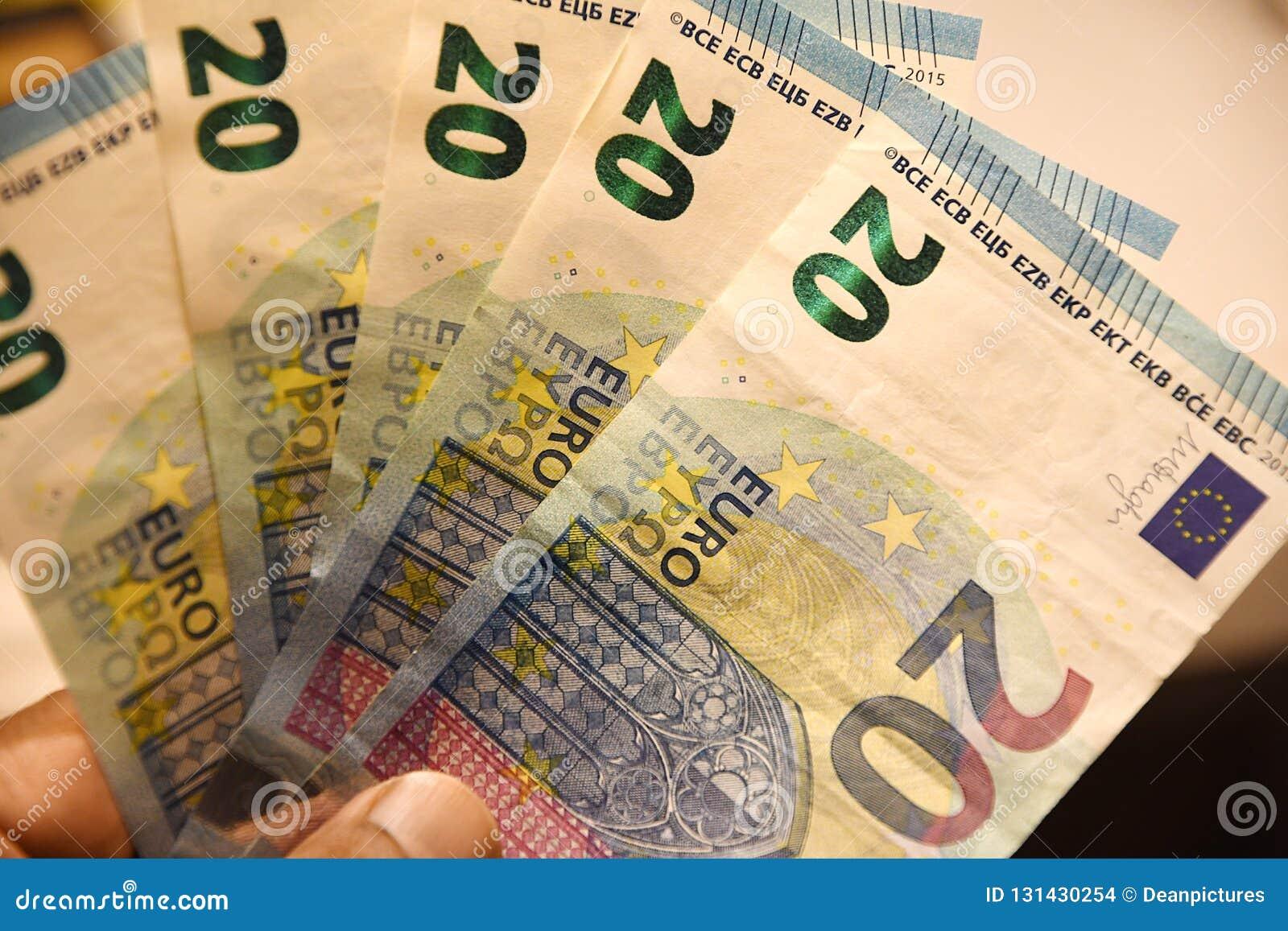 Copenhague/Dinamarca 12 En noviembre de 2018 Euro europeo de la moneda 20 notas en Copenhague Dinamarca foto Francis Joseph Dean/