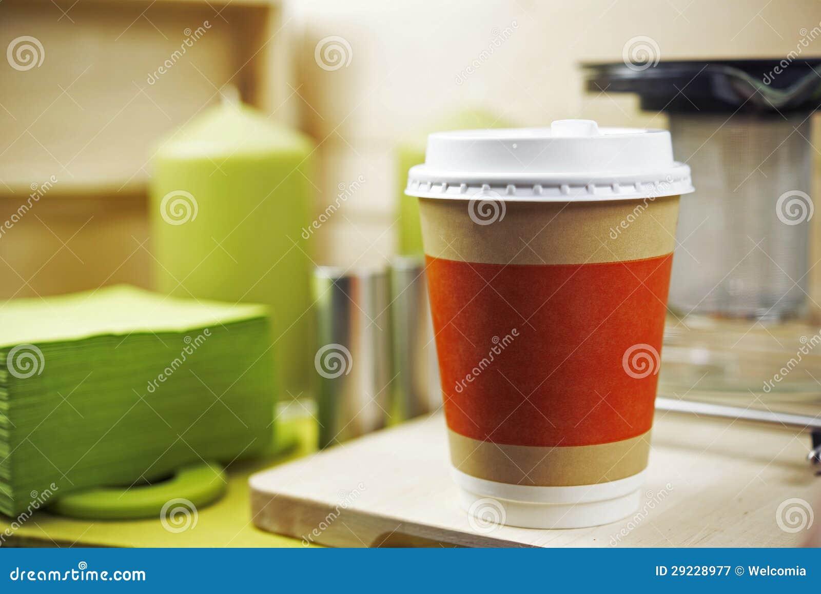 Download Copo de café plástico imagem de stock. Imagem de mobilidade - 29228977