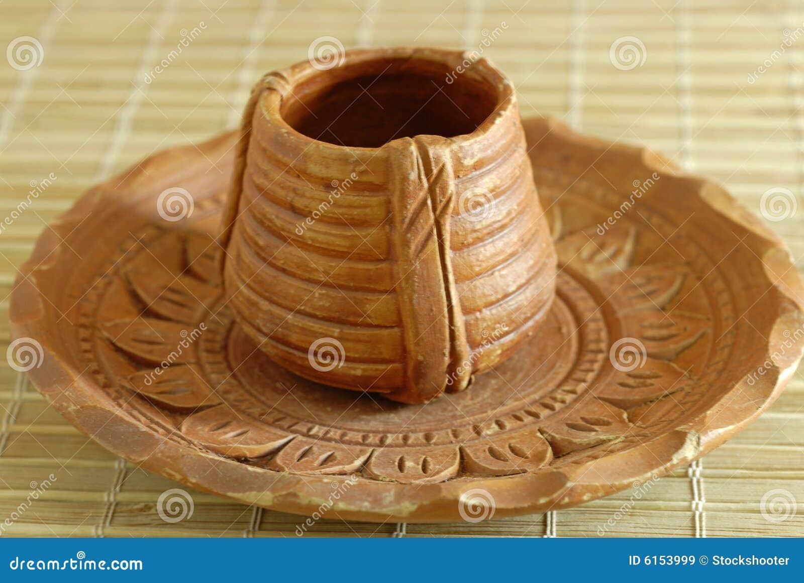 Copo e Saucer de chá Earthen da cerâmica